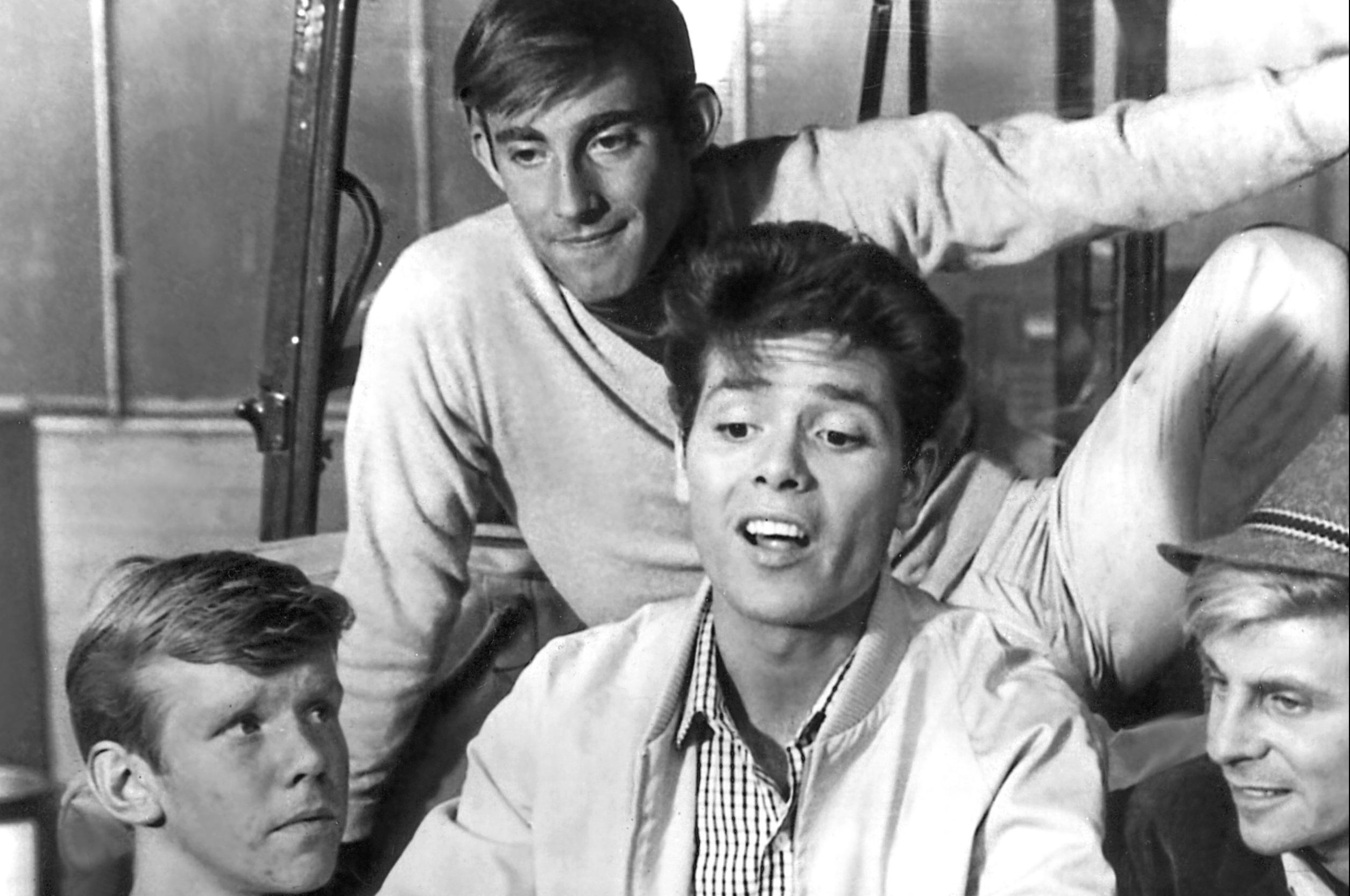 1963: Jeremy Bulloch, Teddy Green, Cliff Richard in Summer Holiday (Allstar / StudioCanal)