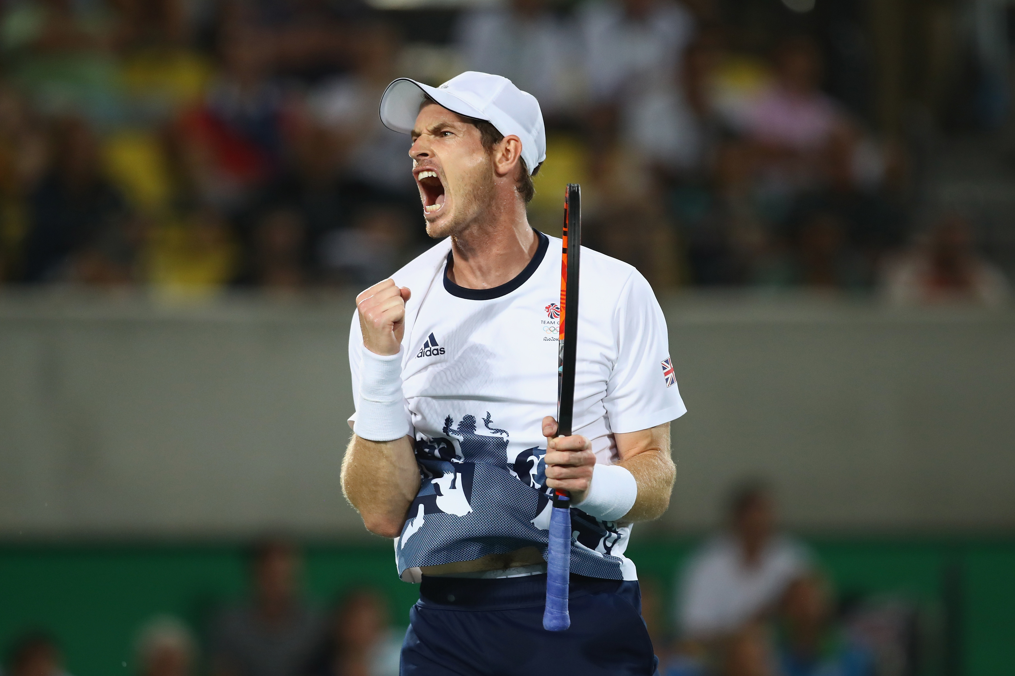 Andy Murray of Great Britain celebrates winning match point during the men's singles gold medal match against Juan Martin Del Potro of Argentina (Clive Brunskill/Getty Images)