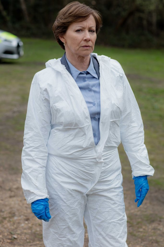Lindsey in The Level (ITV)