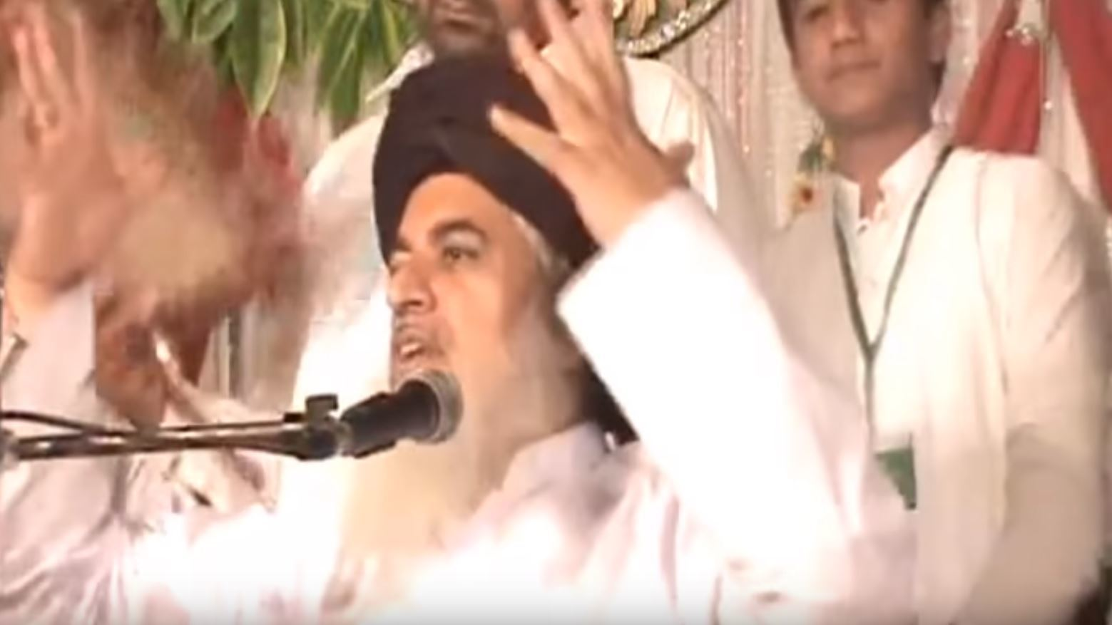 Muslim Cleric, Allama Khadim Hussain Rizvi, claiming to have spoken to Tanveer Ahmed who murdered Asad Shah who ran a Glasgow sweet shop