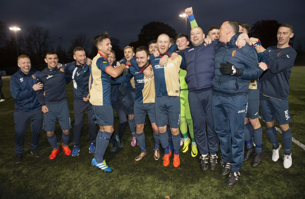 East Kilbride celebrate as the club go 27 games undefeated (SNS Group)