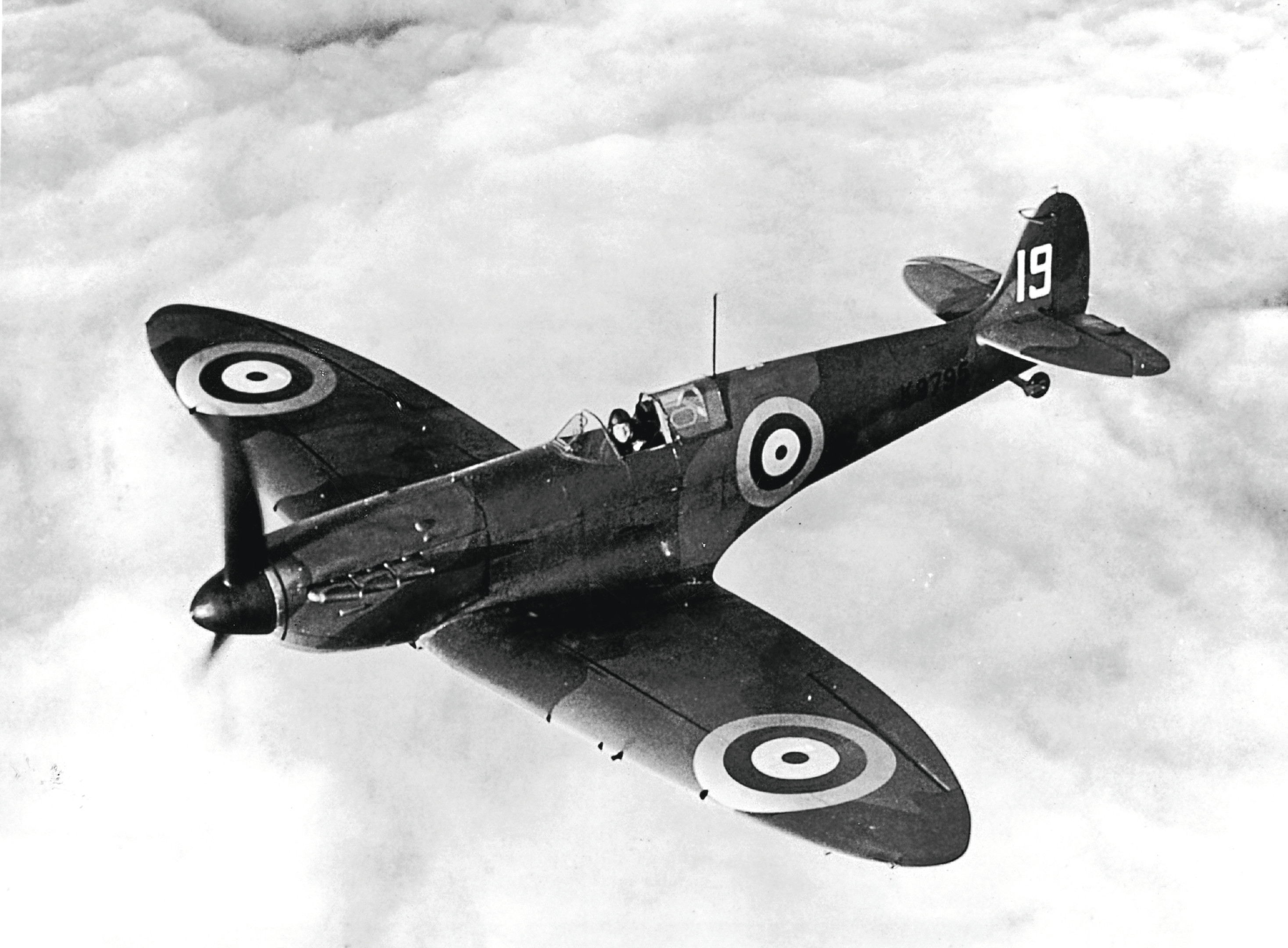 Spitfire, 1939 (Fox Photos/Getty Images)