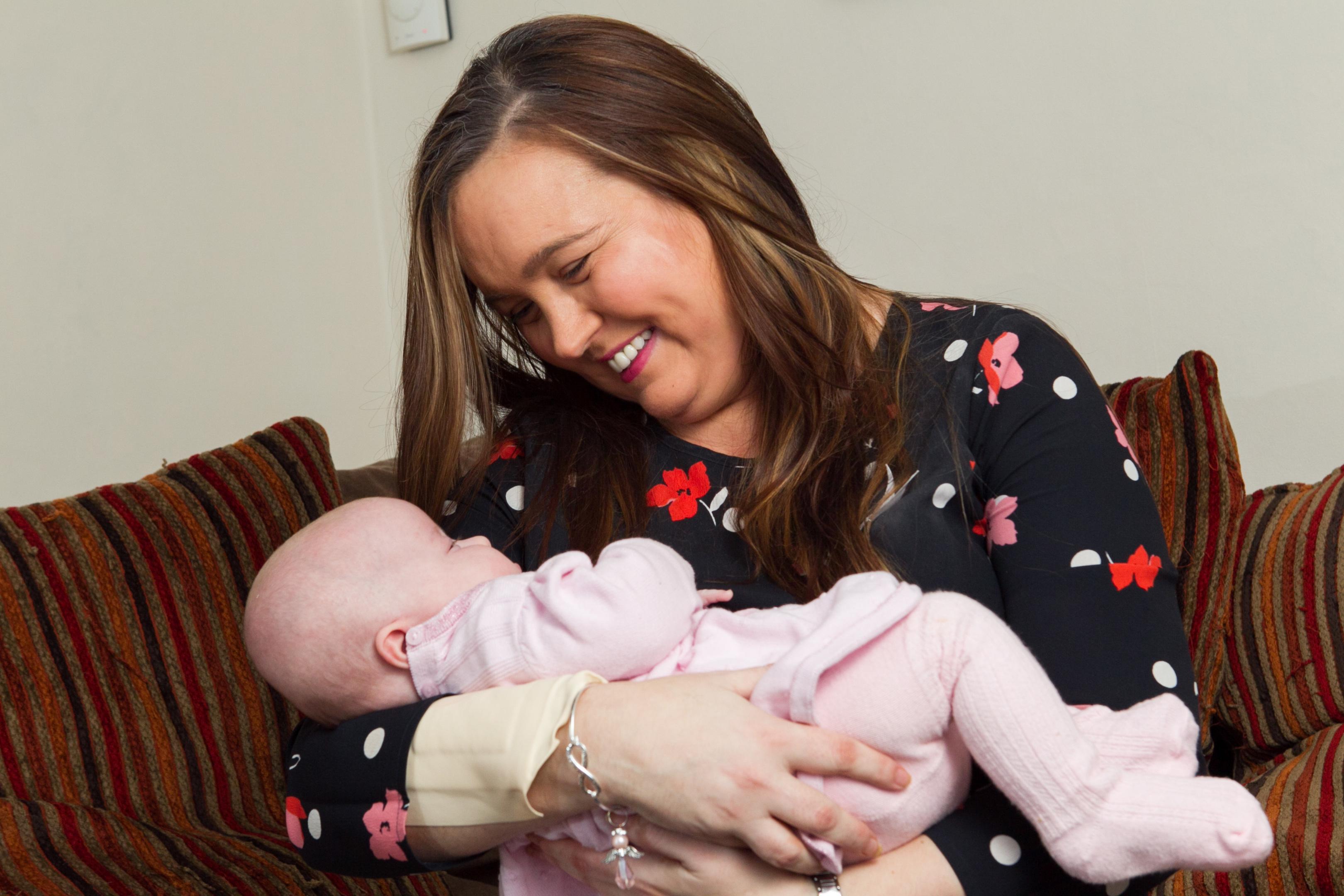 Pamela Sinclair and newborn baby Mirren (Andrew Cawley / DC Thomson)