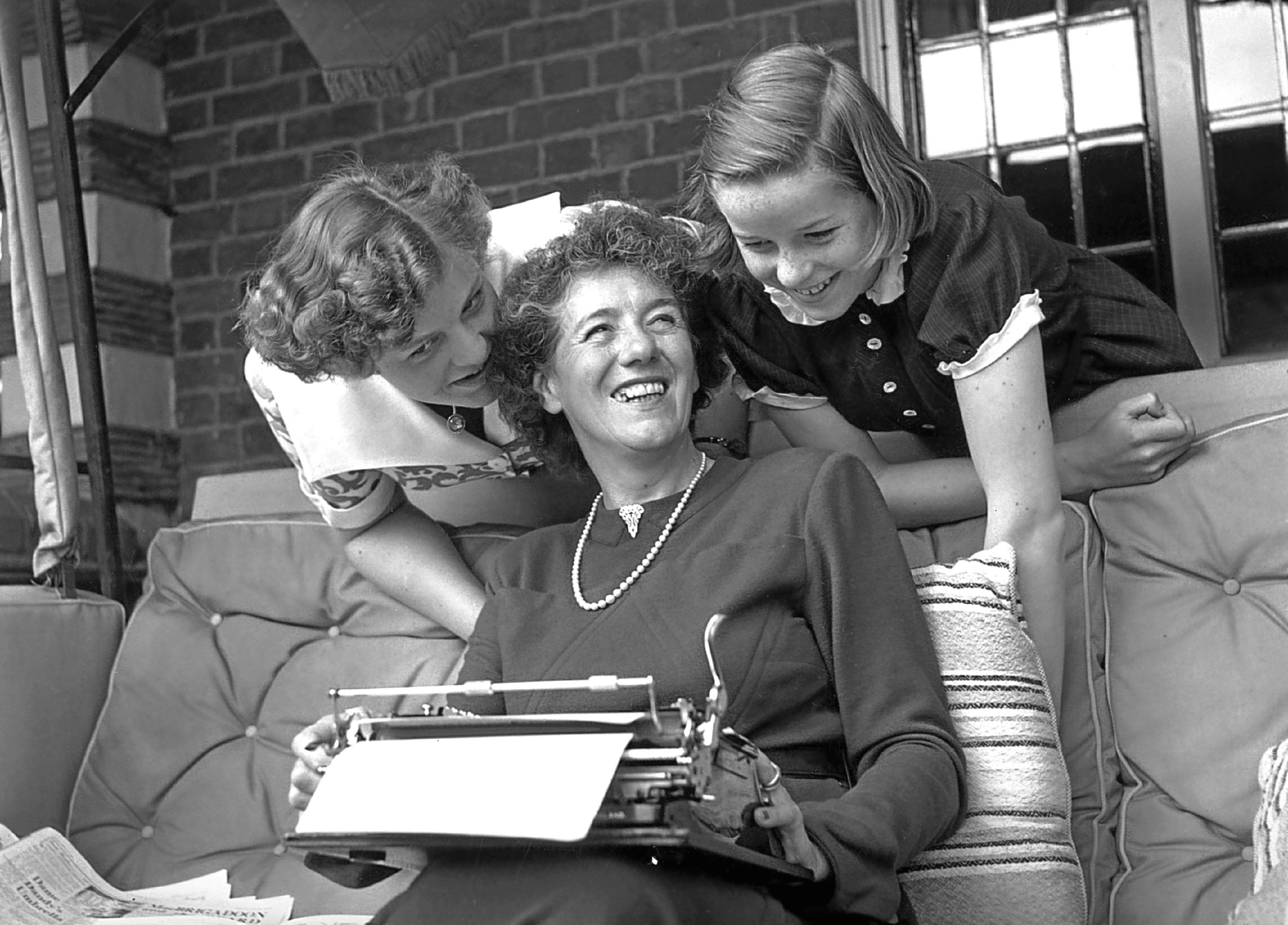 Enid Blyton with her two daughters Gillian (left) and Imogen (right) (George Konig/Keystone Features/Getty Images)