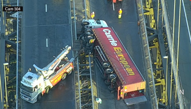 Overturned lorry on the Forth Road Bridge (Traffic Scotland / Twitter)