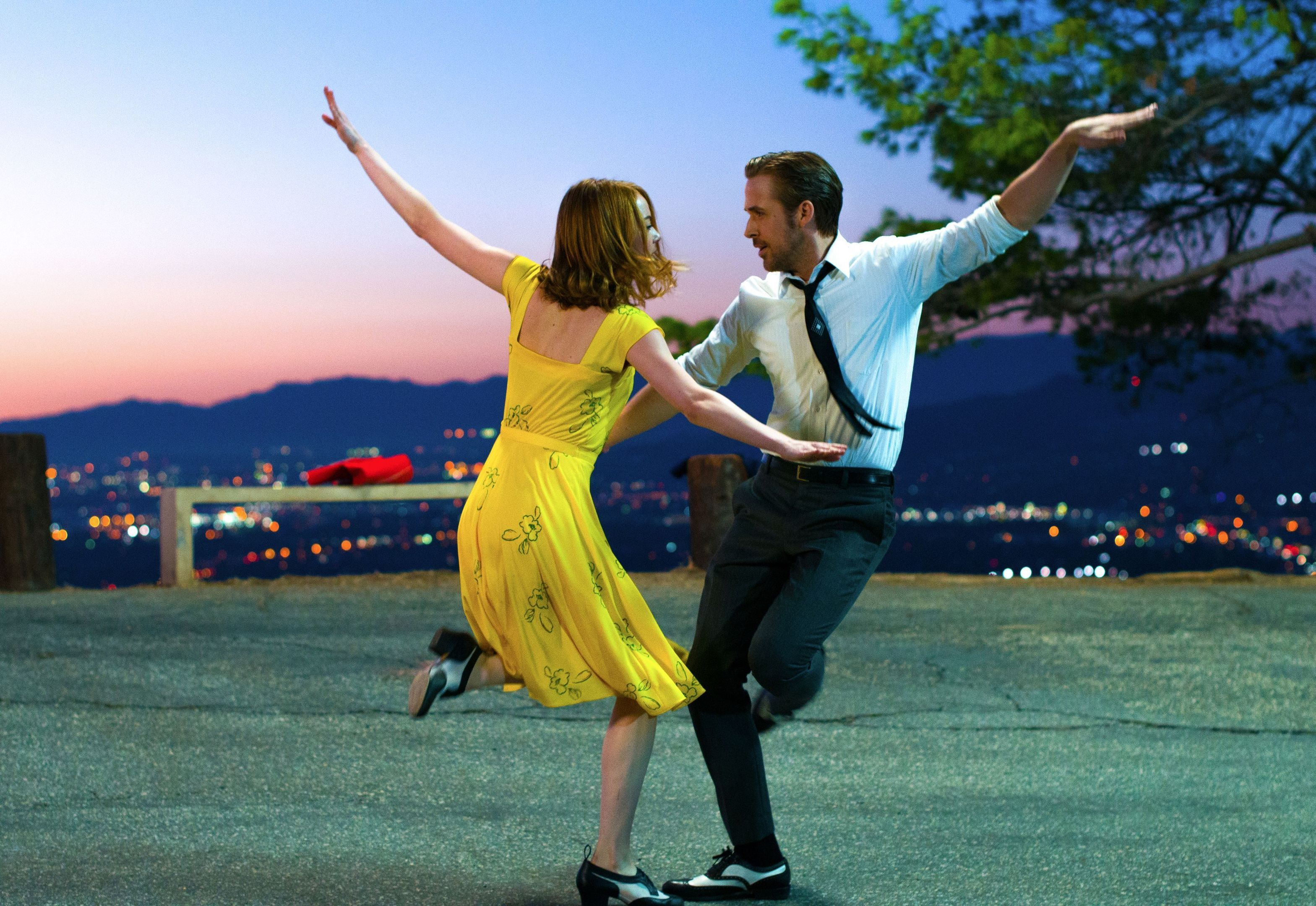 Emma Stone and Ryan Gosling dazzle in La La Land, Allstar/Lionsgate