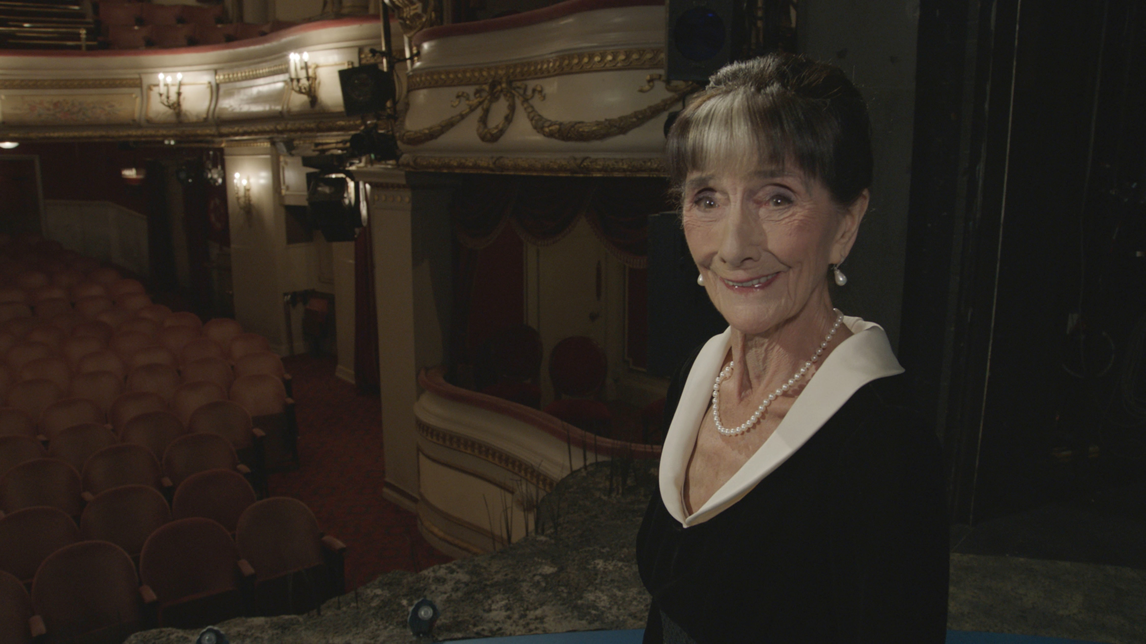 June Brown At 90: A Walford Legend (BBC)