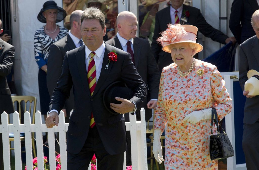 Alan Titchmarsh with The Queen (PA Archive/PA Images)