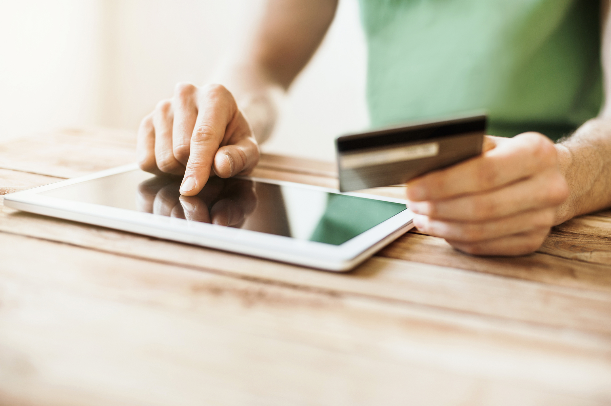 Online shopping can have risks (Getty Images)
