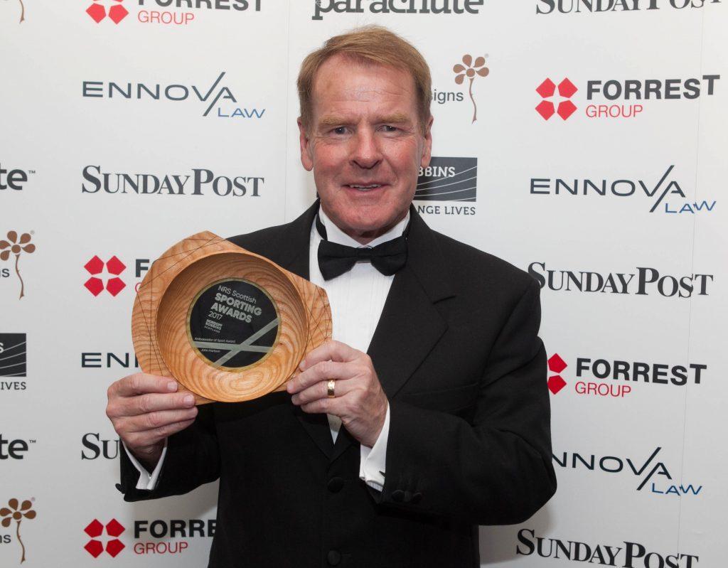 Murdo MacLeod collects the Ambassador of Sport Award on behalf of John Hartson (Chris Austin / DC Thomson)