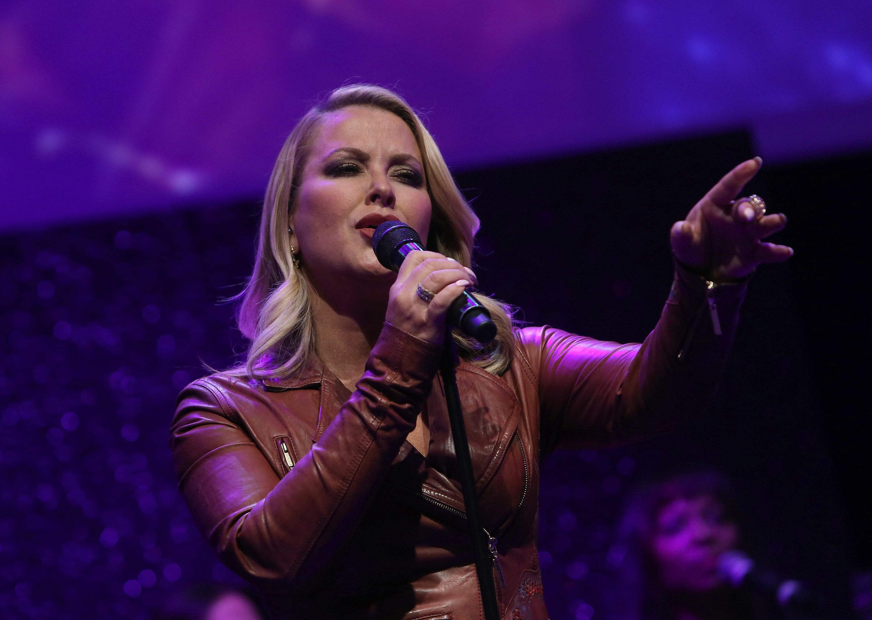 Anastacia on stage (Elisabetta Villa/Getty Images)