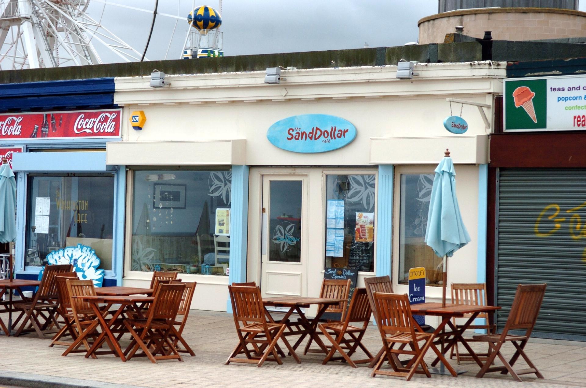 The Sand Dollar Cafe (Gordon Lennox)