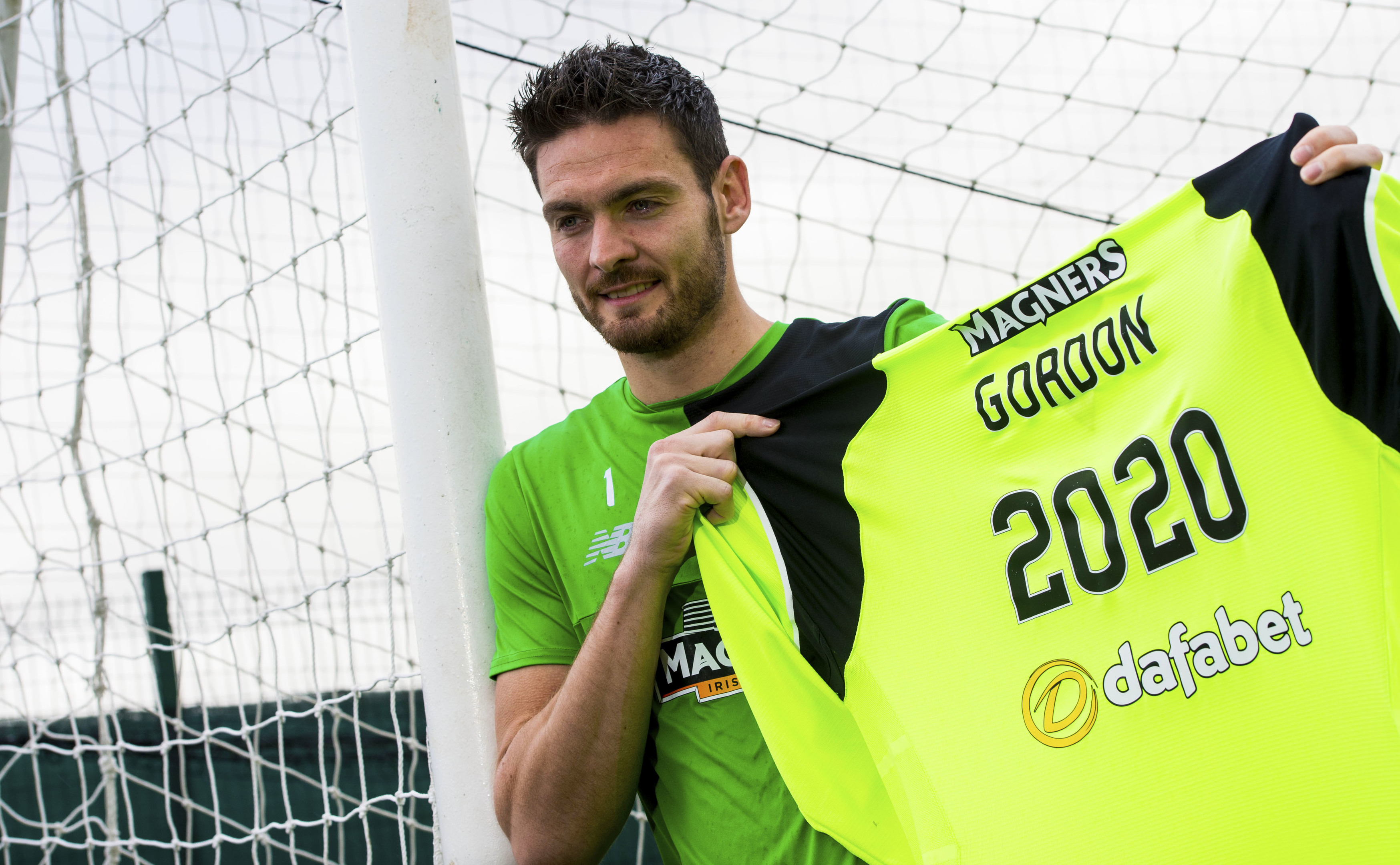Celtic goalkeeper Craig Gordon has signed a new three year contract until the summer of 2020 (SNS Group)