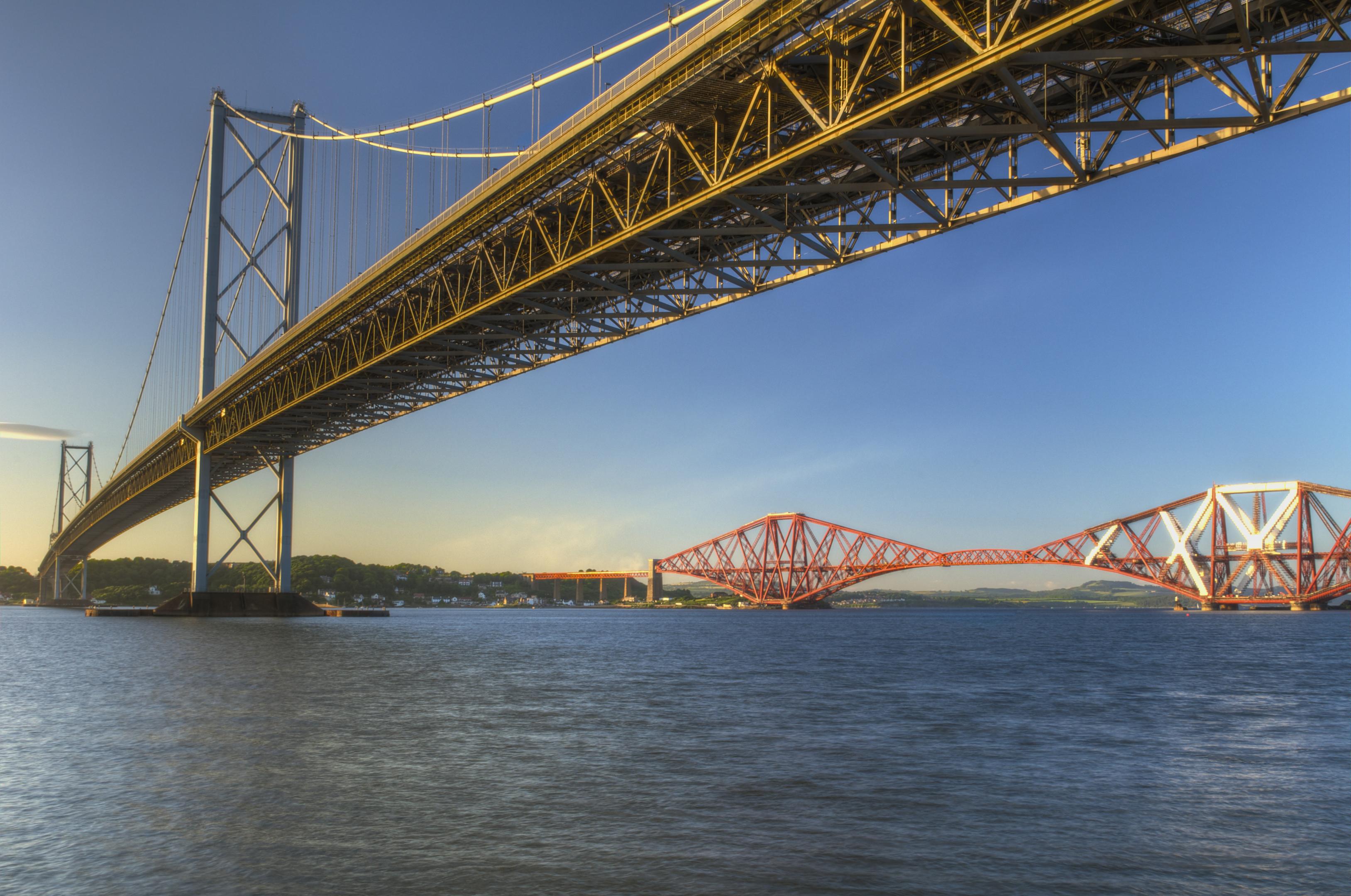 The Forth Road Bridge is one of the Scottish landmak