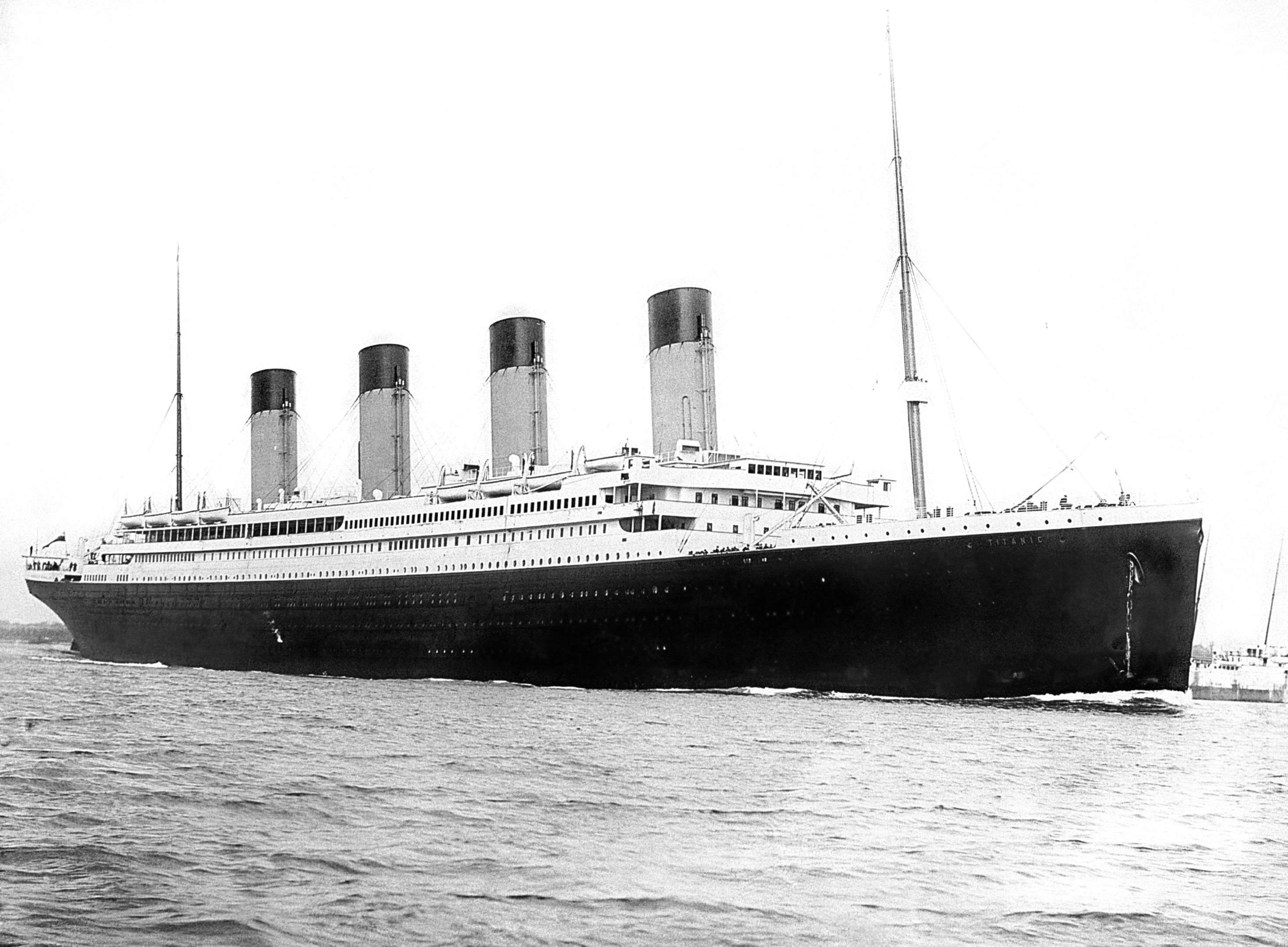 """The """"unsinkable"""" SS Titanic"""