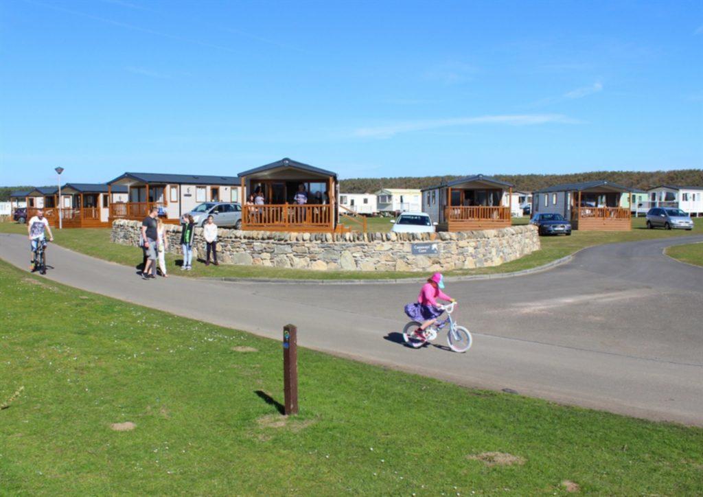 Castaway_holiday_homes_at_Elie_Holiday_Park_on_the_Fife_Coastal_Path_1526420658_19005309