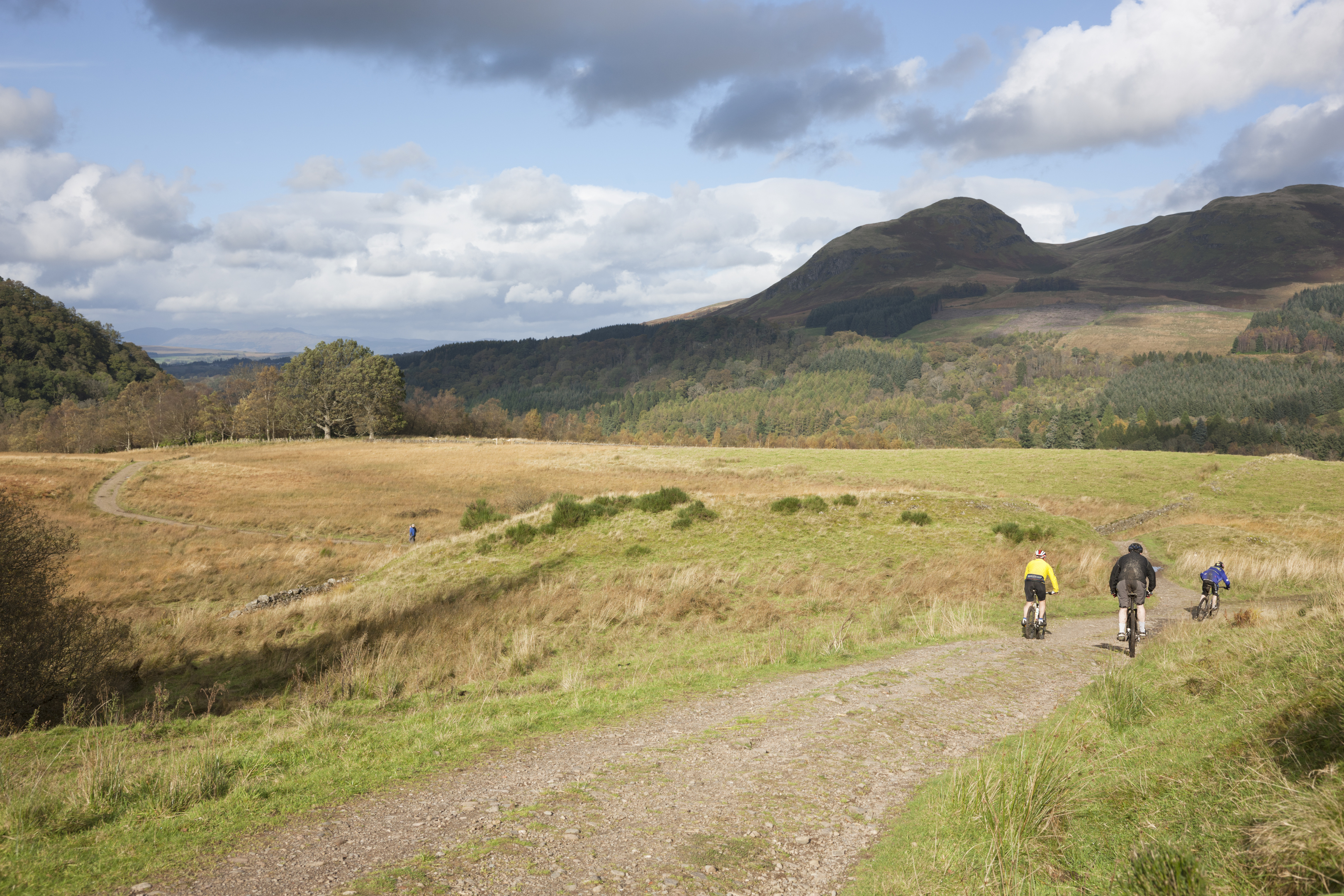 Cycling in Scotland (iStock)