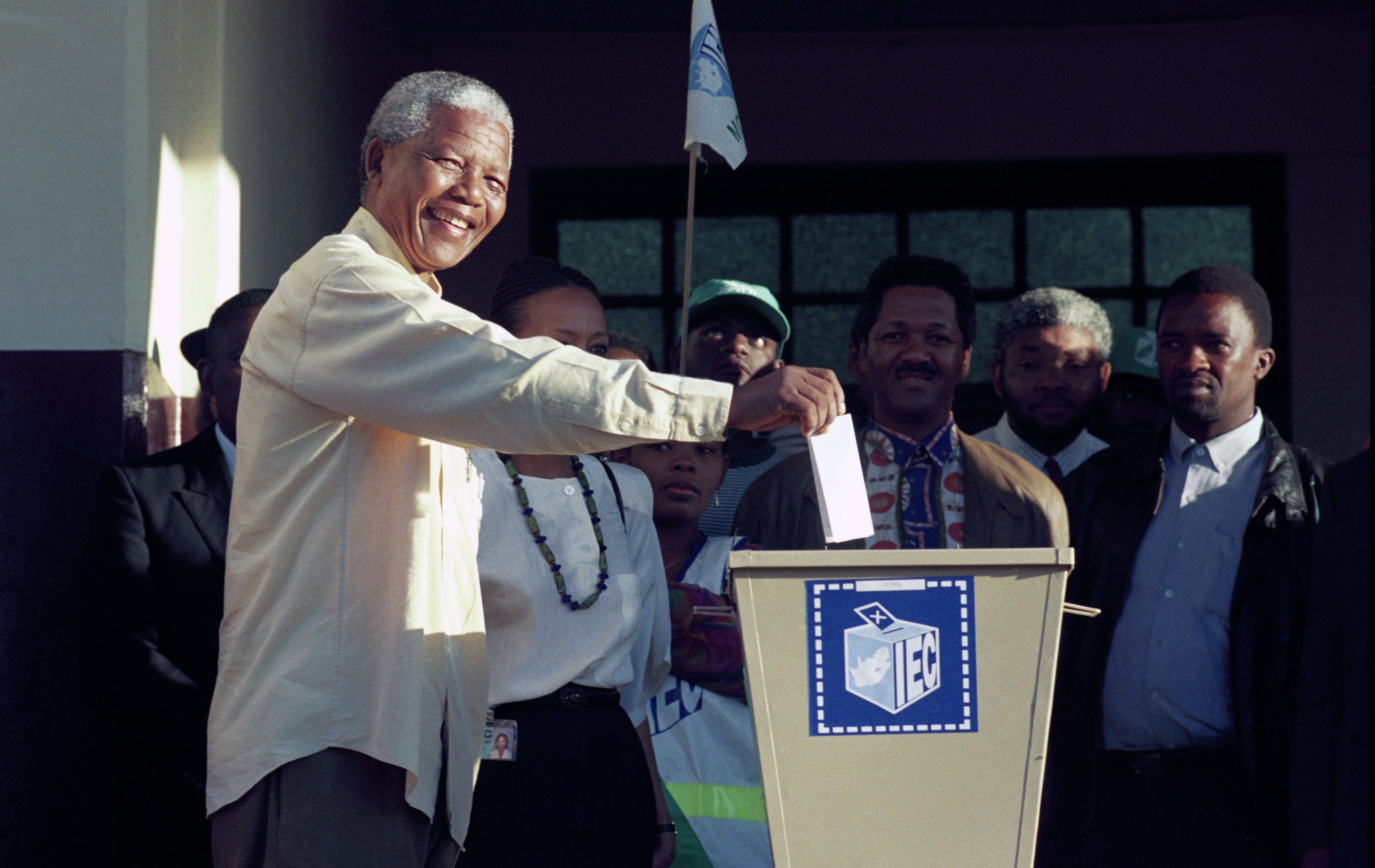 Nelson Mandela casts his vote in Durban, 1994 (Per-Anders Pettersson/Liaison Agency)