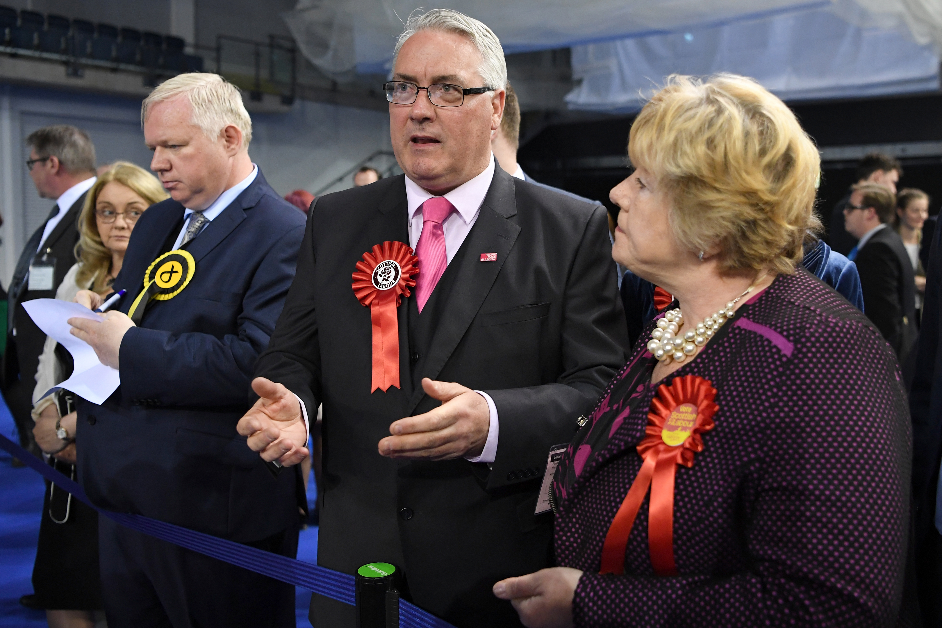 Labour Councillor Frank McAveety arrives at the count earlier today (Jeff J Mitchell/Getty Images)
