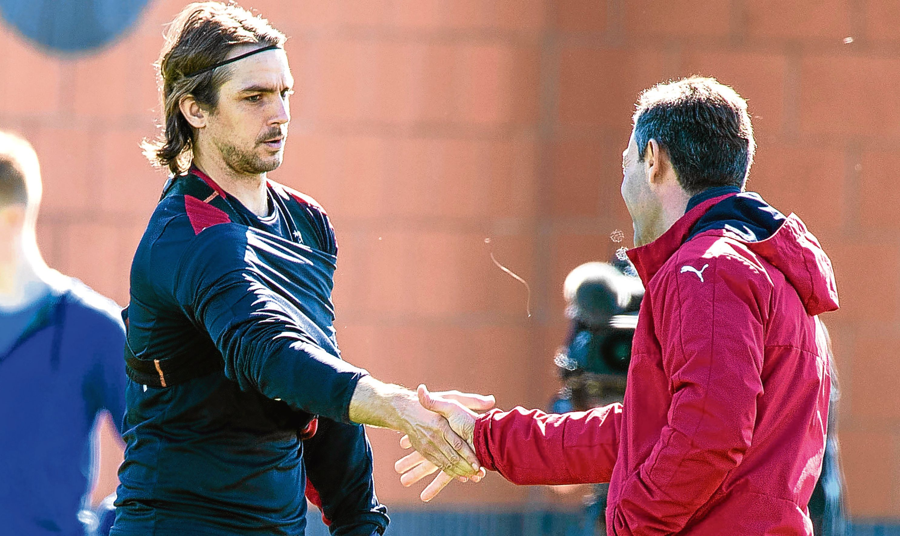 Rangers' Niko Kranjcar (L) with manager Pedro Caixinha in training (SNS Group)