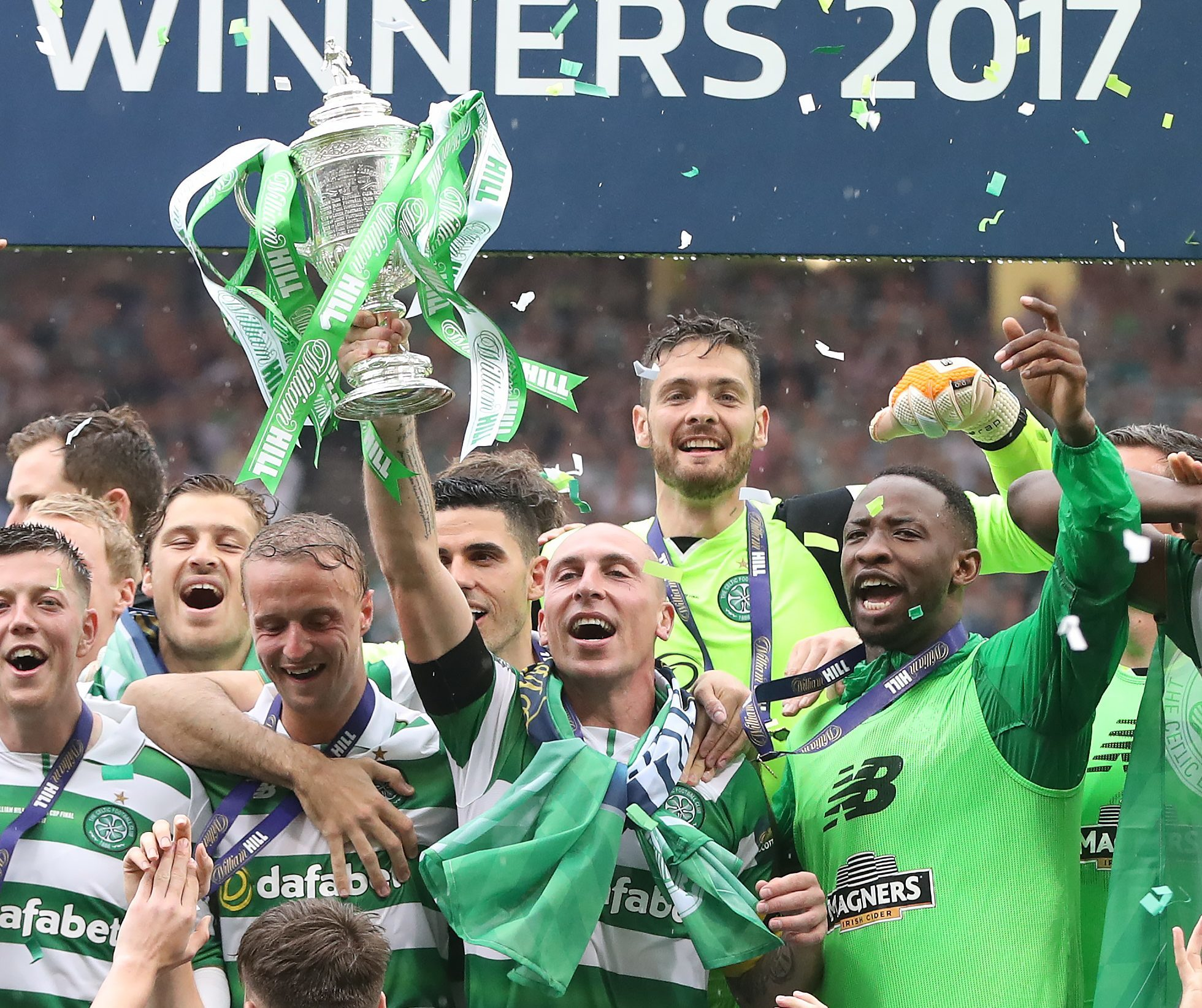 Scott Brown of Celtic lifts the trophy during the William Hill Scottish Cup Final between Celtic and Aberdeen (Ian MacNicol/Getty Images)