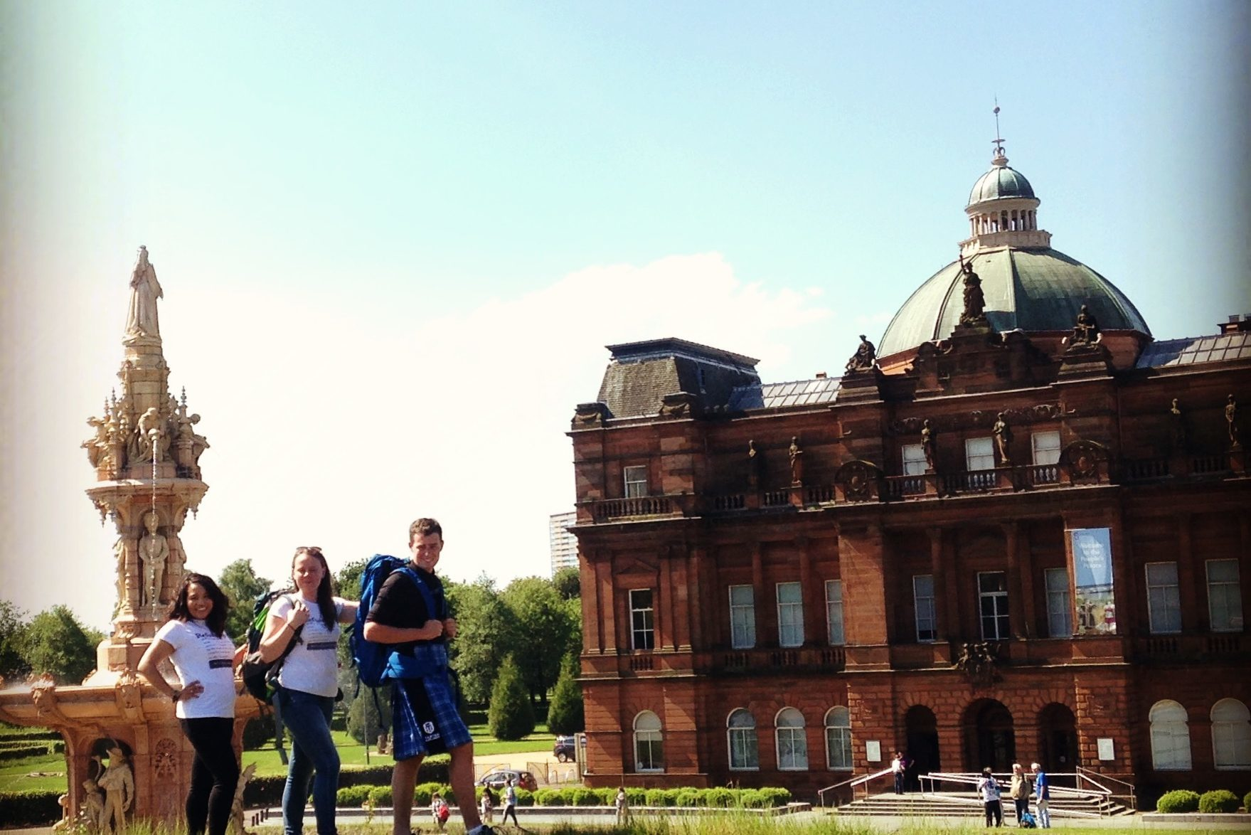 The walkers get ready for their mission, with a little help from the Glasgow sunshine (Gillian Furmage/DC Thomson)