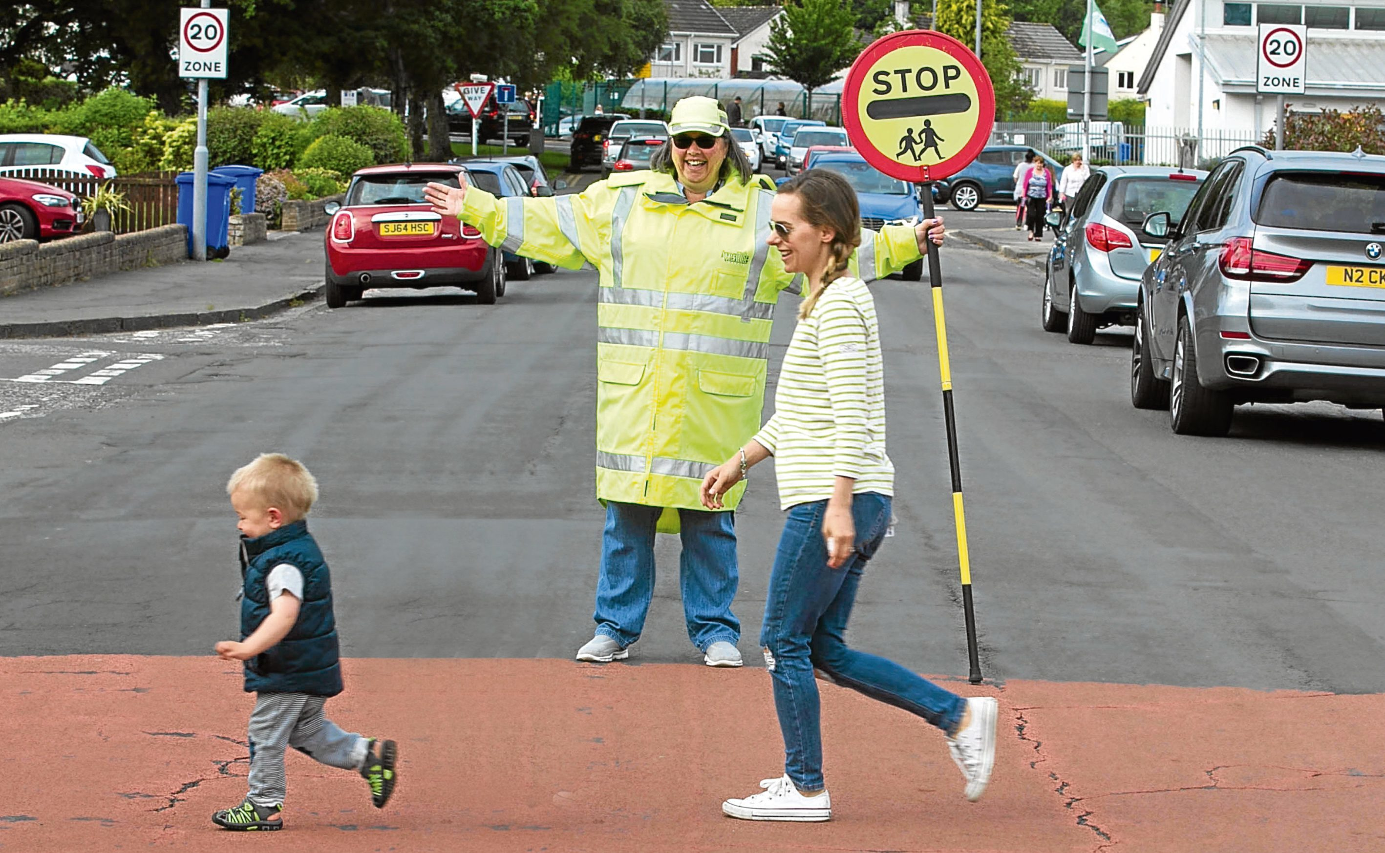 Pauline Scott is the lollipop lady for Alloway Primary in Ayr (Chris Austin / DC Thomson)
