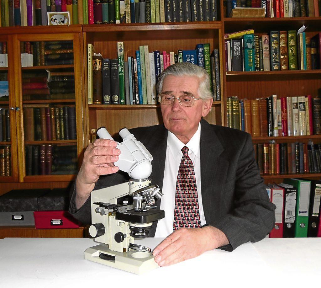 Dr Laurence Croft