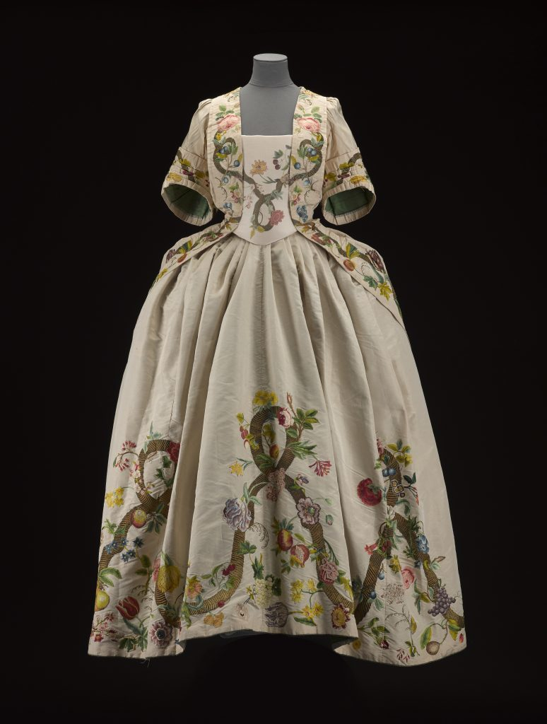 Woman's dress of cream-coloured corded silk, said to have been worn by Margaret Oliphant of Gask at the Great Ball of Holyrood after the Battle of Prestonpans