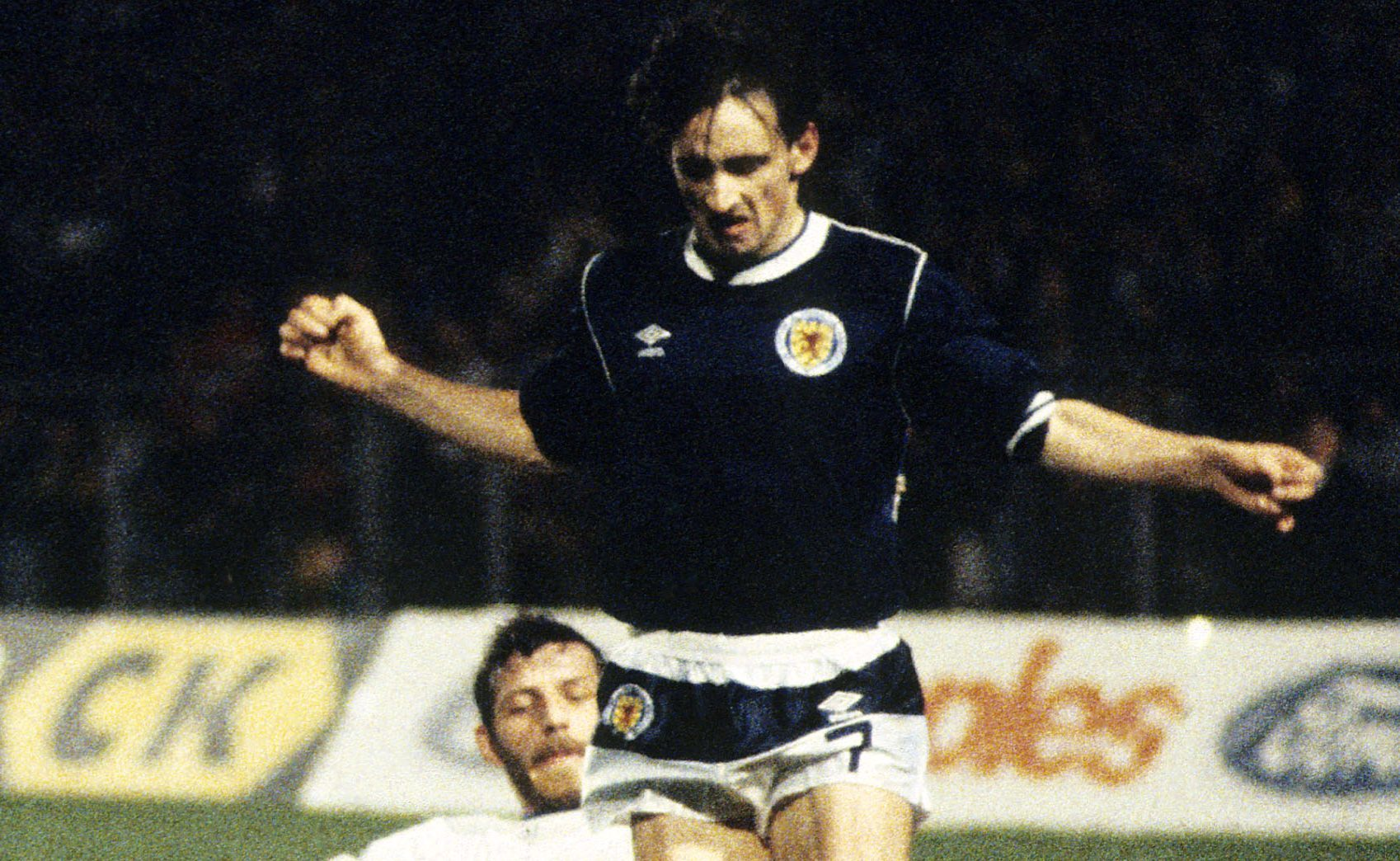 Pat Nevin in action for Scotland against Luxembourg (SNS Group)