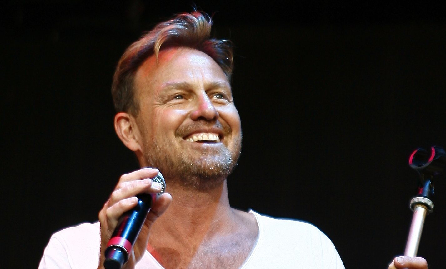 Jason Donovan performing on stage (Duncan Cowley)