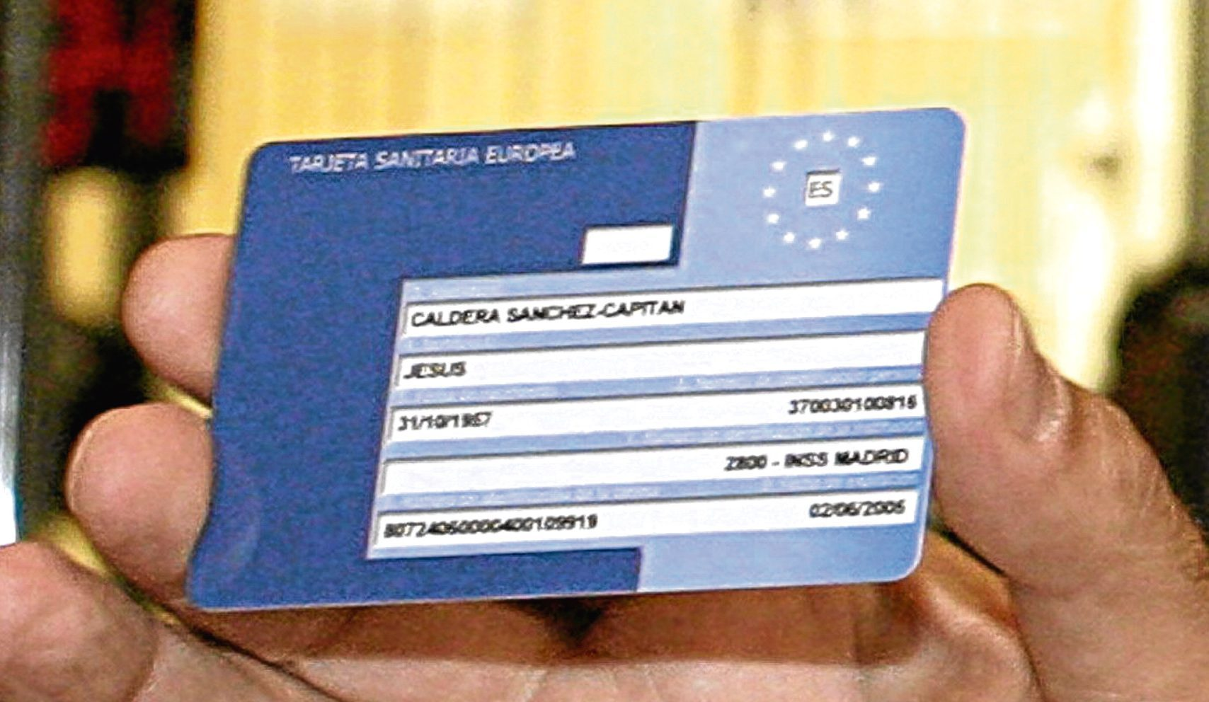 European Health Insurance Card (EPA/Diego Gomez)