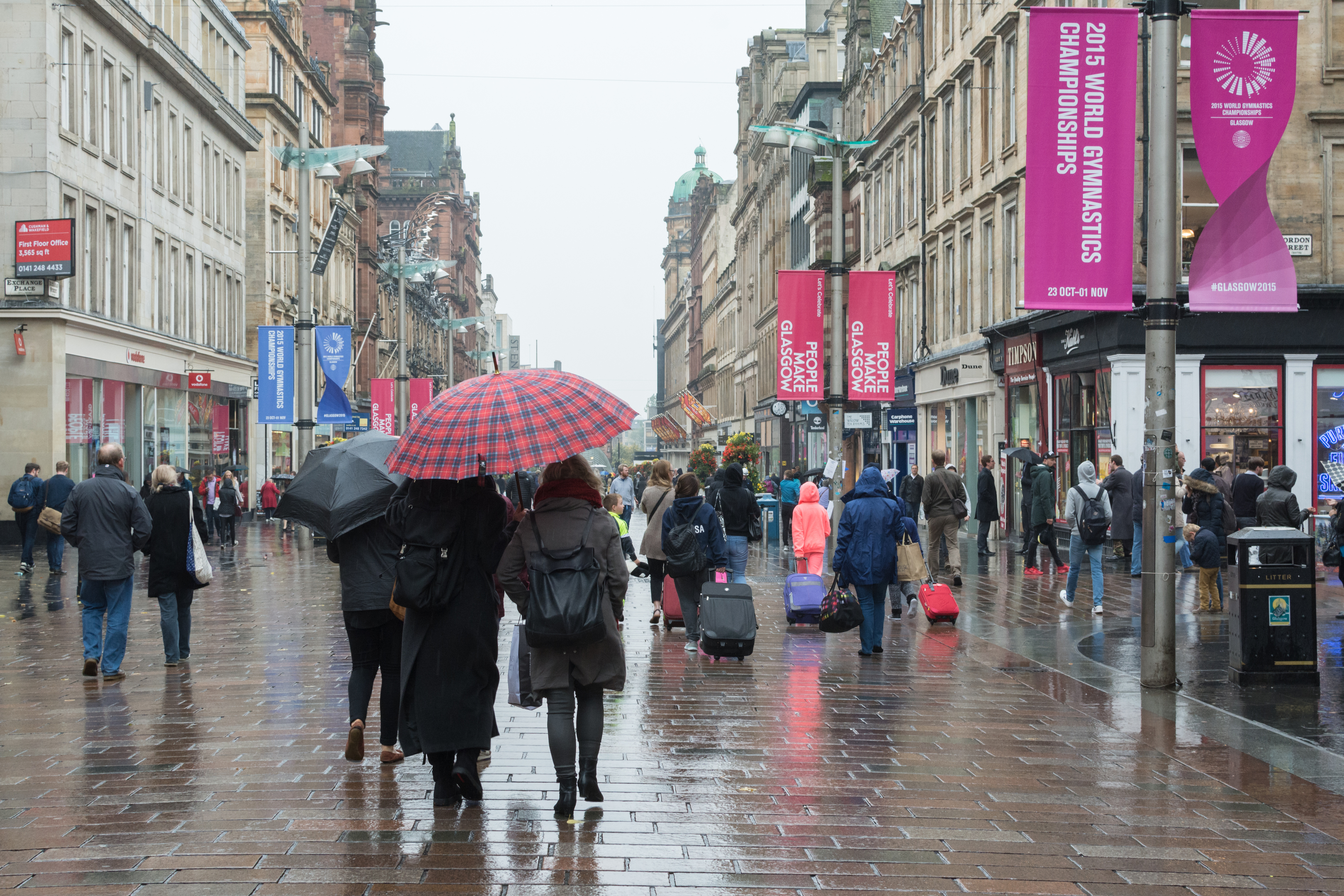 Shoppers on Glasgow's Buchanan Street (Getty Images)