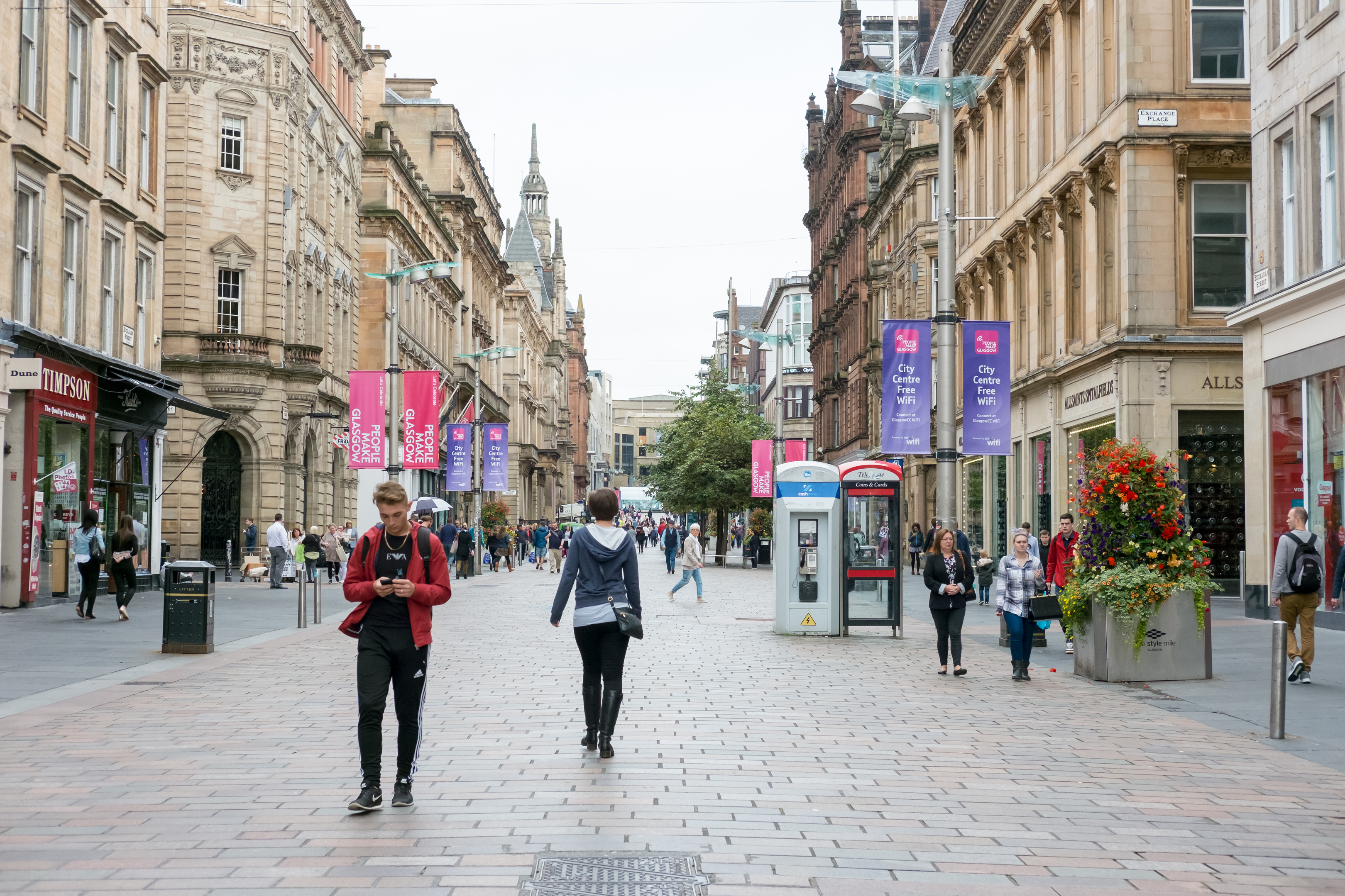 Fashion sales slumped by 3.5% year-on-year last month, despite the onset of sale season, according to the BDO High Street Sales Tracker (iStock)