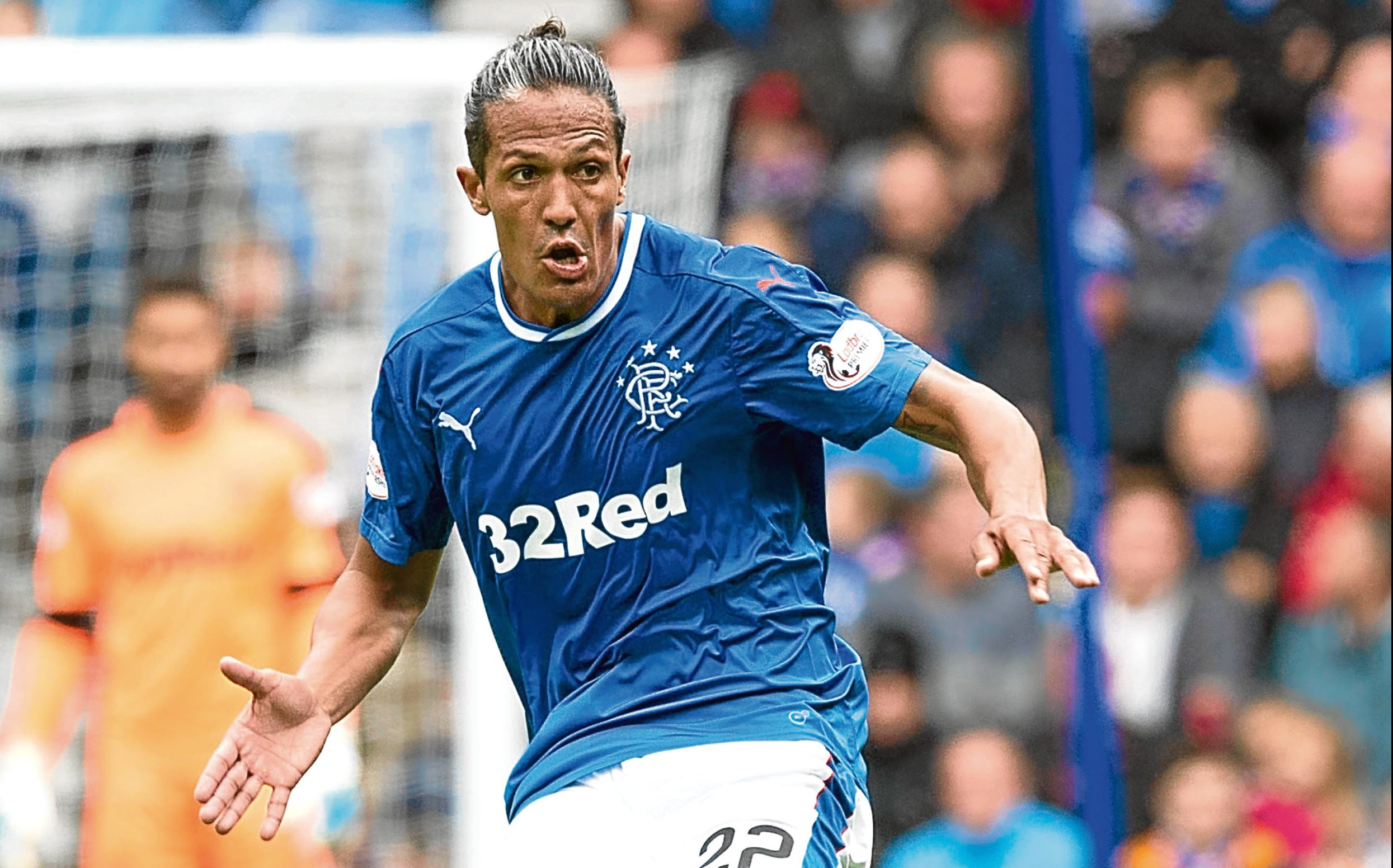 Bruno Alves in action for Rangers (SNS Group)