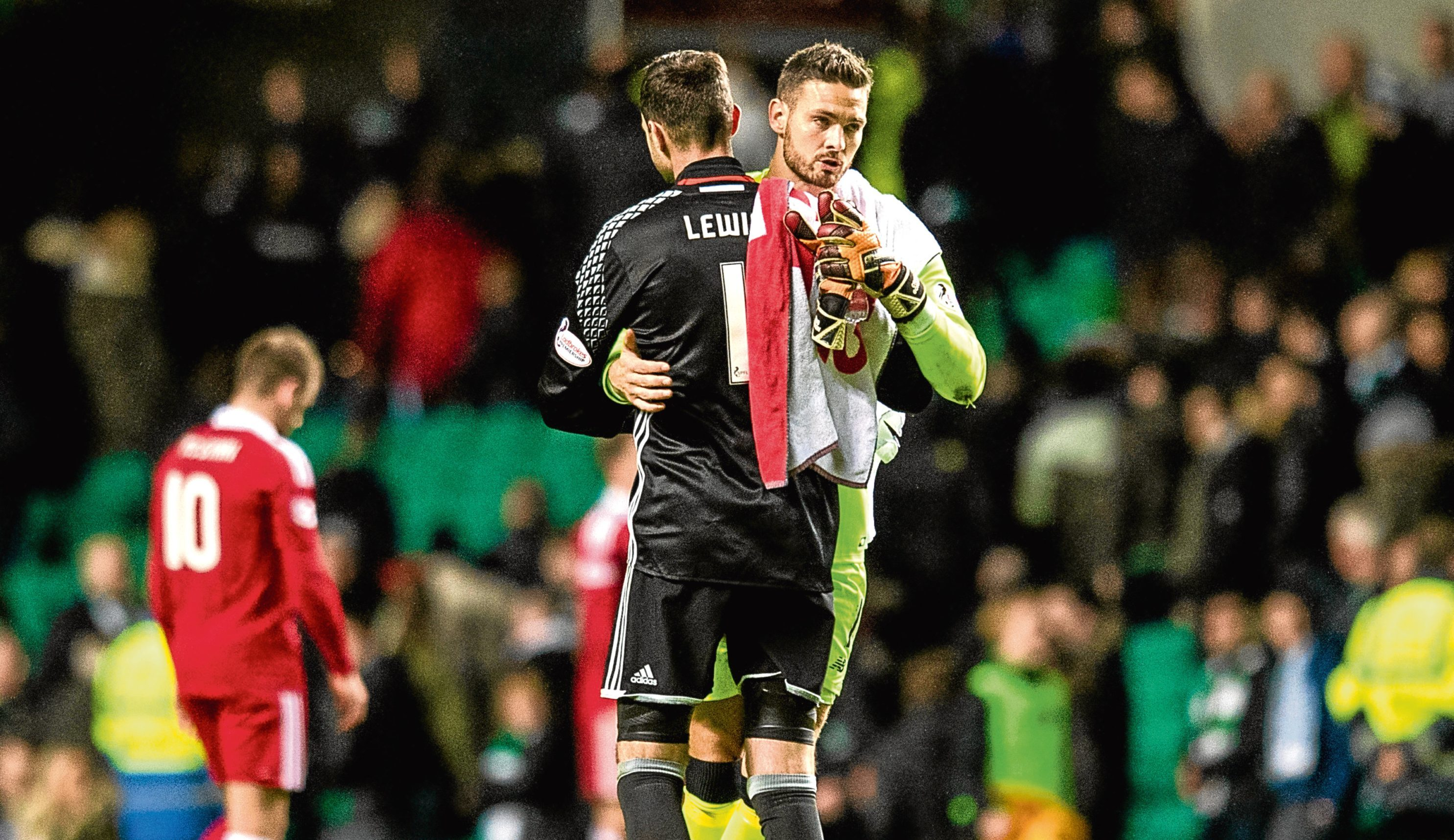 Celtic goalkeeper Craig Gordon (right) with Joe Lewis at full-time (SNS)