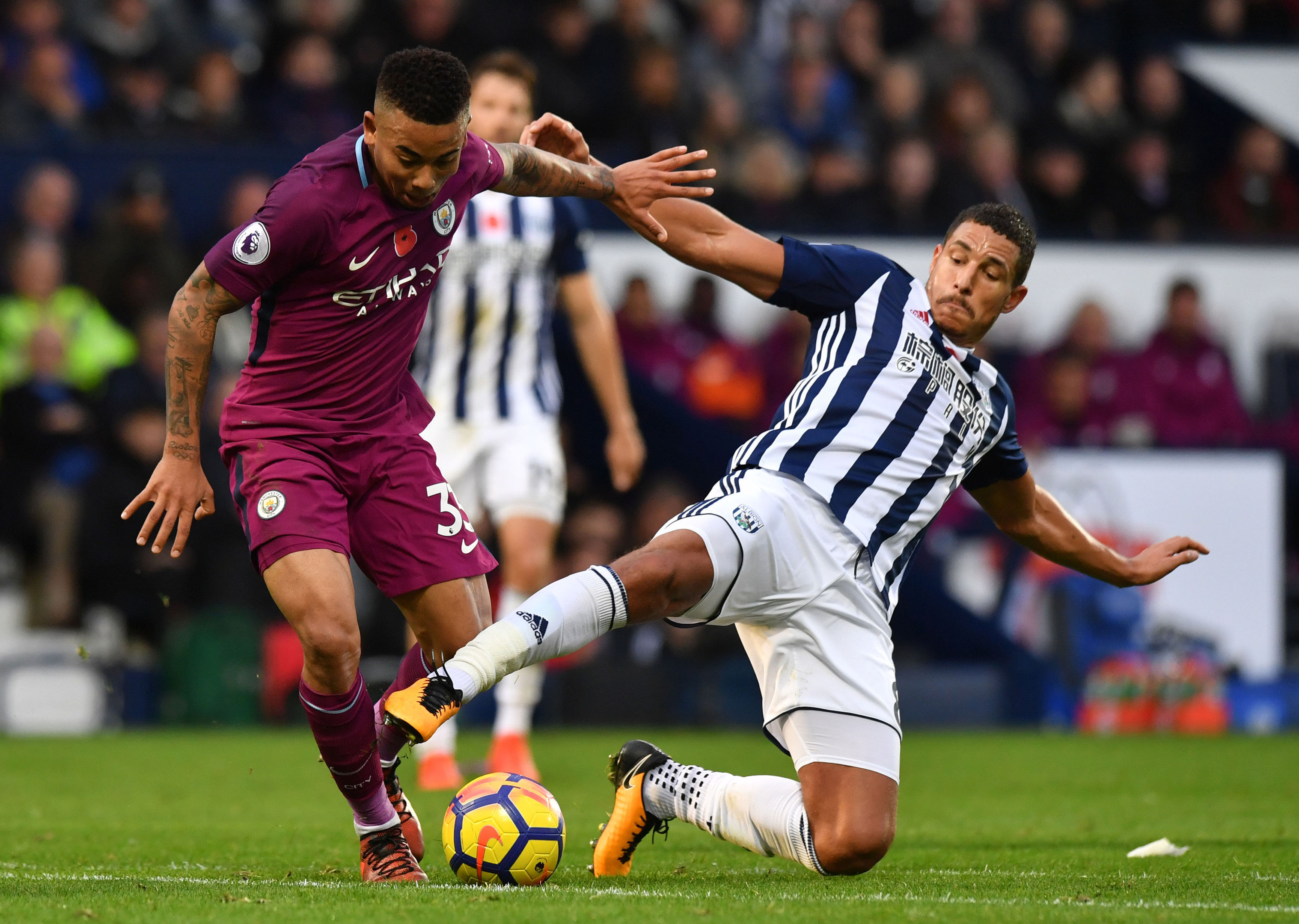 Manchester City's Gabriel Jesus (left) and West Bromwich Albion's Jake Livermore battle for the ball during the Premier League match at The Hawthorns, West Bromwich. (Anthony Devlin/PA Wire)