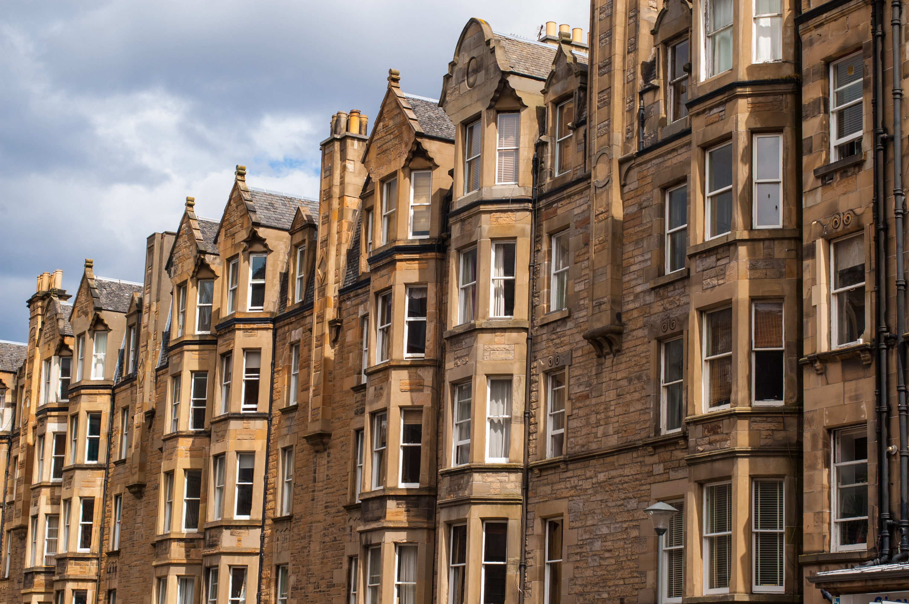 Victorian tenement housing in Edinburgh, Morningside. (iStock)
