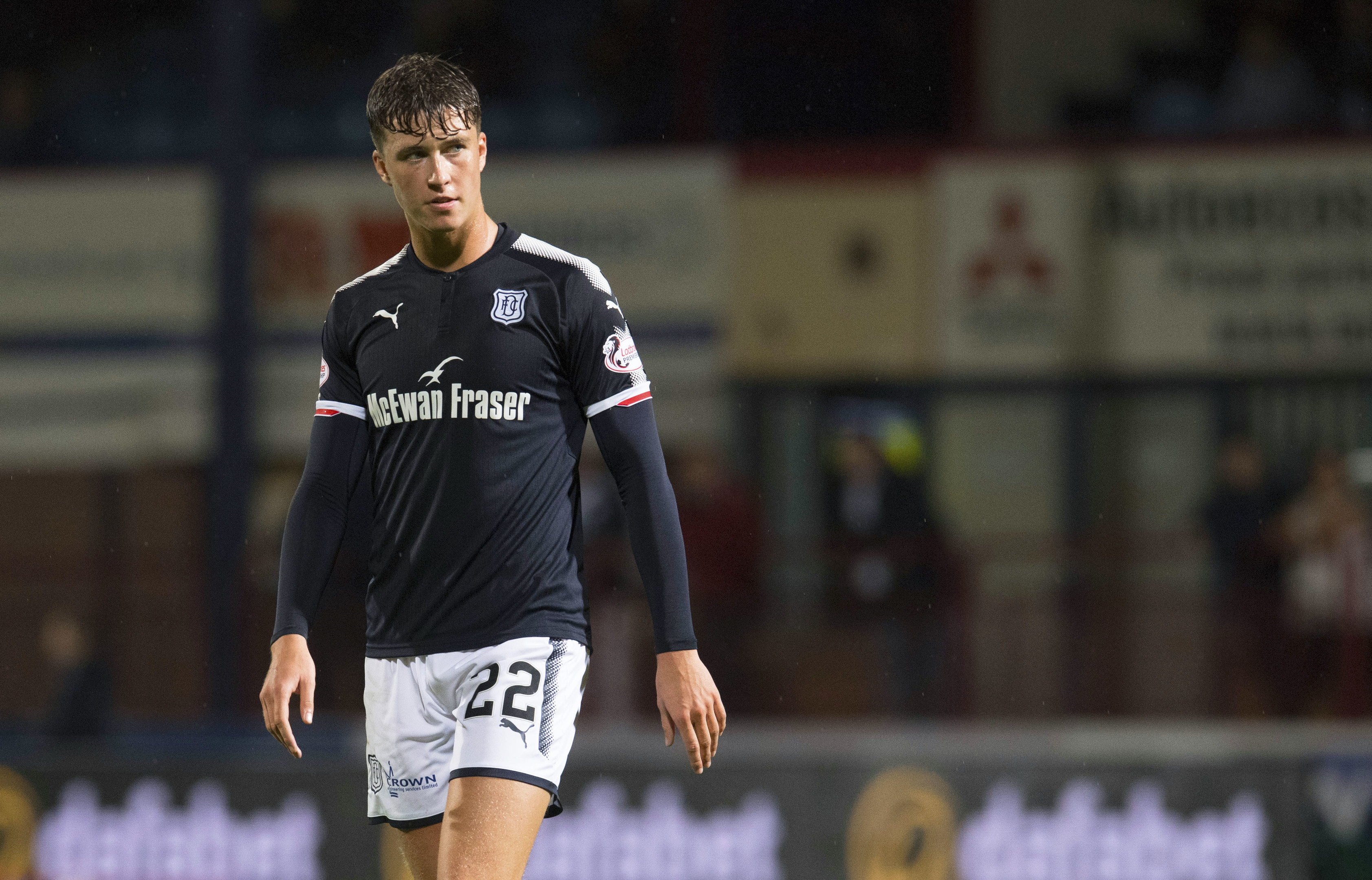 Jack Hendry in action for Dundee (SNS Group / Craig Foy)
