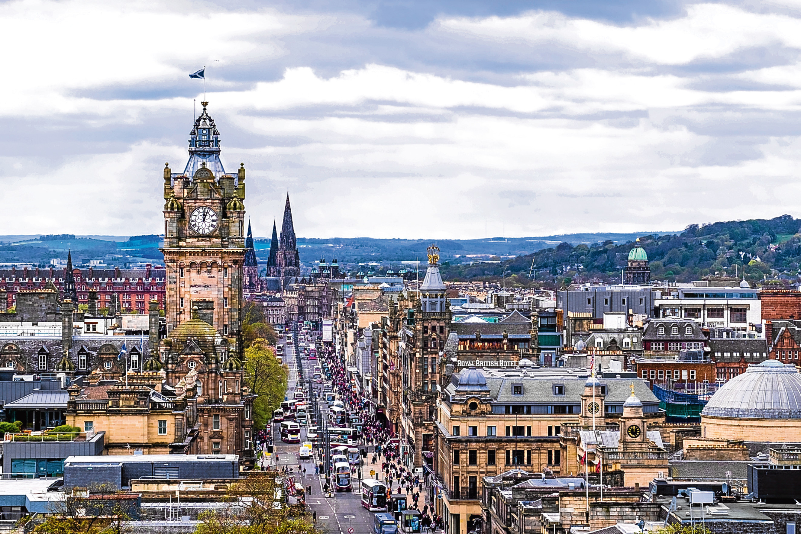 Edinburgh has been found to be the best UK city to start an AirBnb business.