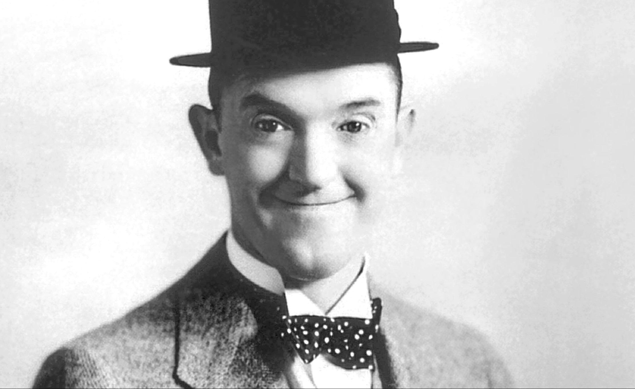 Stan Laurel, 1932
