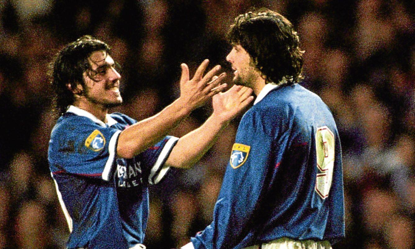Rino Gattuso (left) celebrates with Rangers team-mate Marco Negri, 1997 (SNS Group)