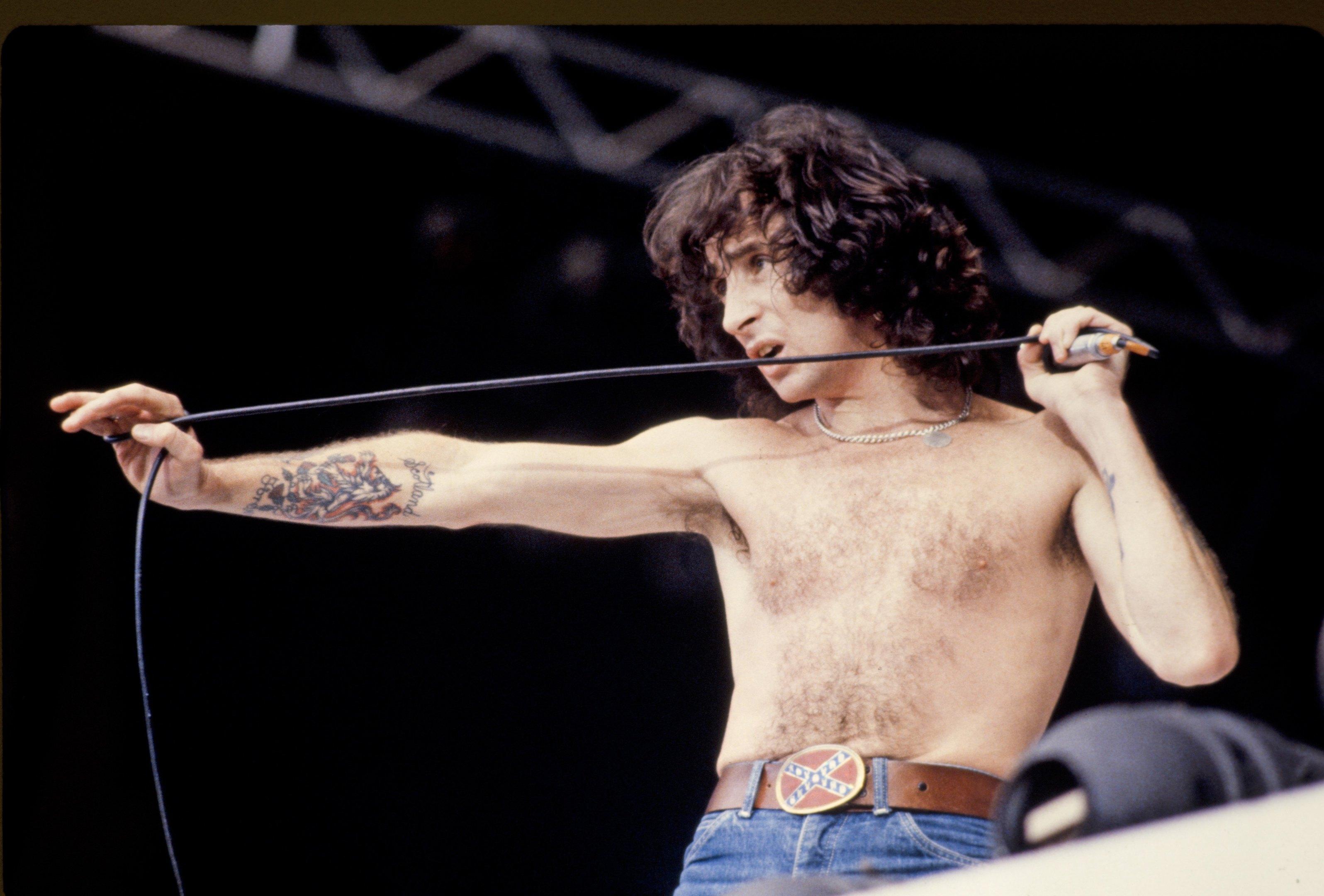 Bon Scott performs at Wembley Stadium on August 18, 1979 (FG/Bauer-Griffin/Getty Images)