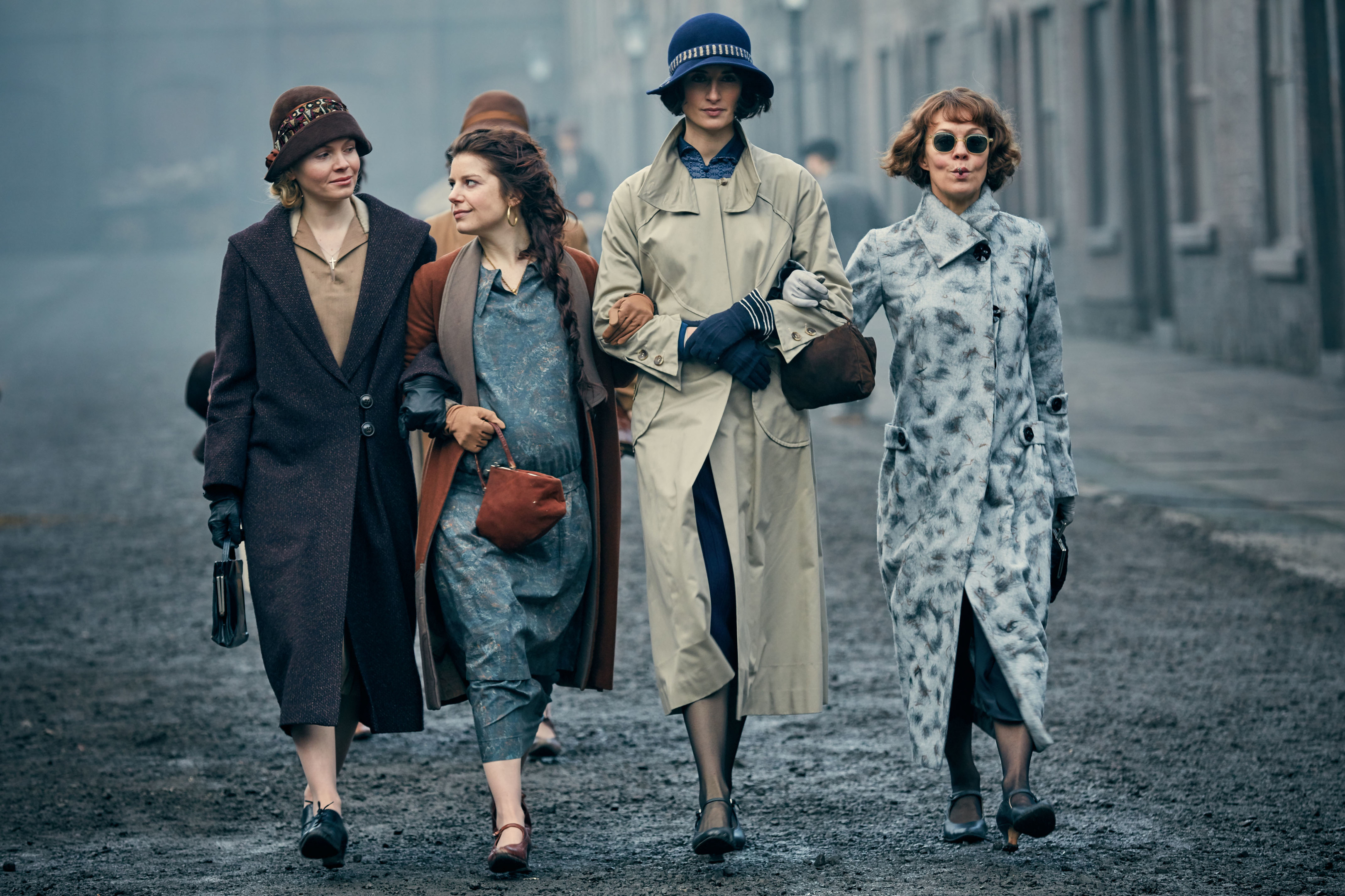 Kate Phillips as Linda Shelby, Aime-Ffion Edwards (Esme Shelby), Natasha O'Keefe (Lizzie Stark) and Helen McCrory (Aunt Polly Gray) get to work in Peaky Blinders (BBC)