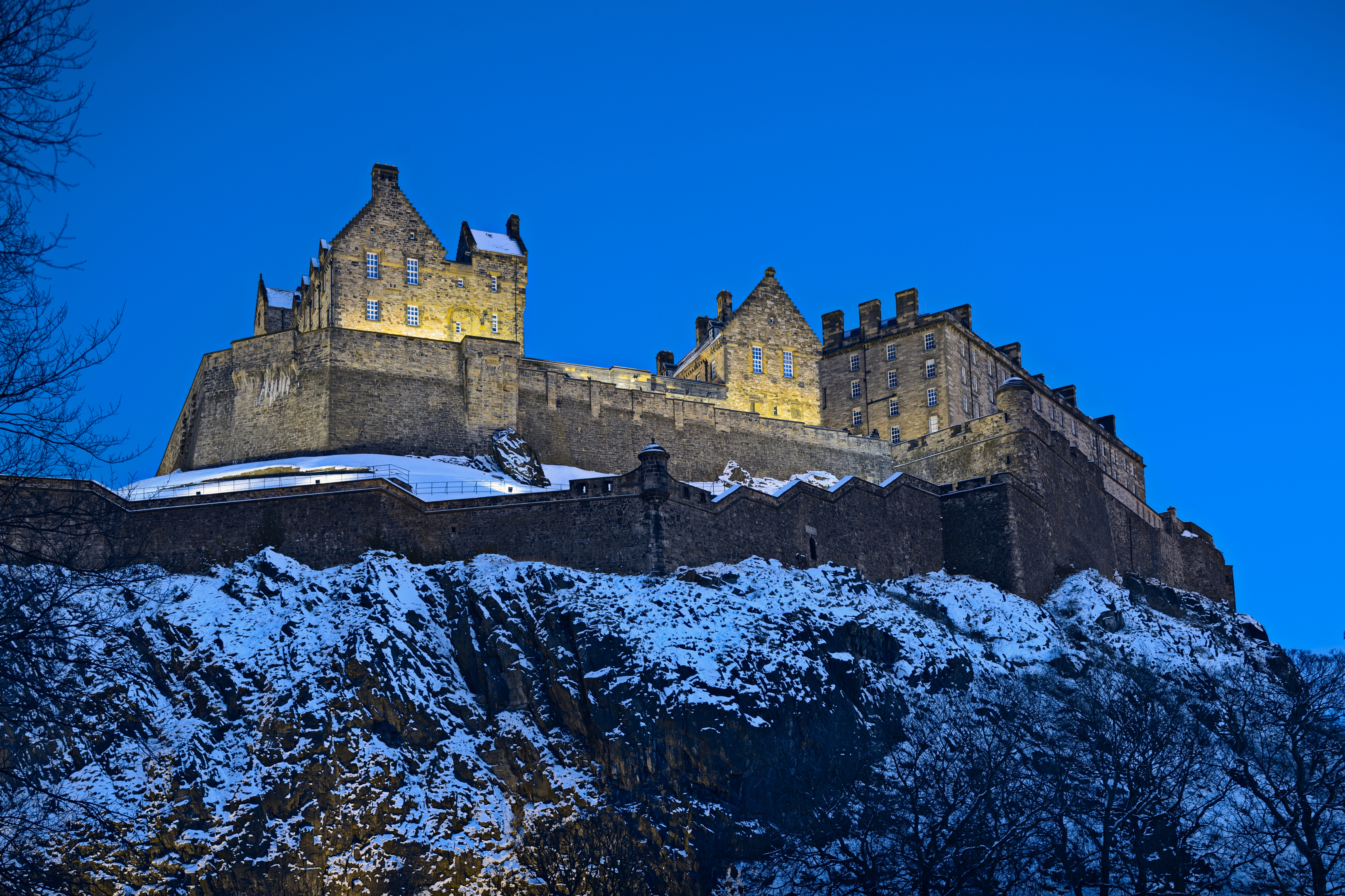 Snow at Edinburgh Castle (Getty Images)