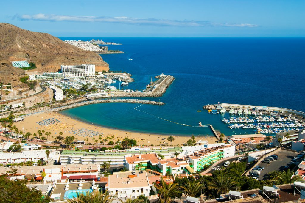 The picturesque Puerto Rico in Gran Canaria, Spain (iStock)