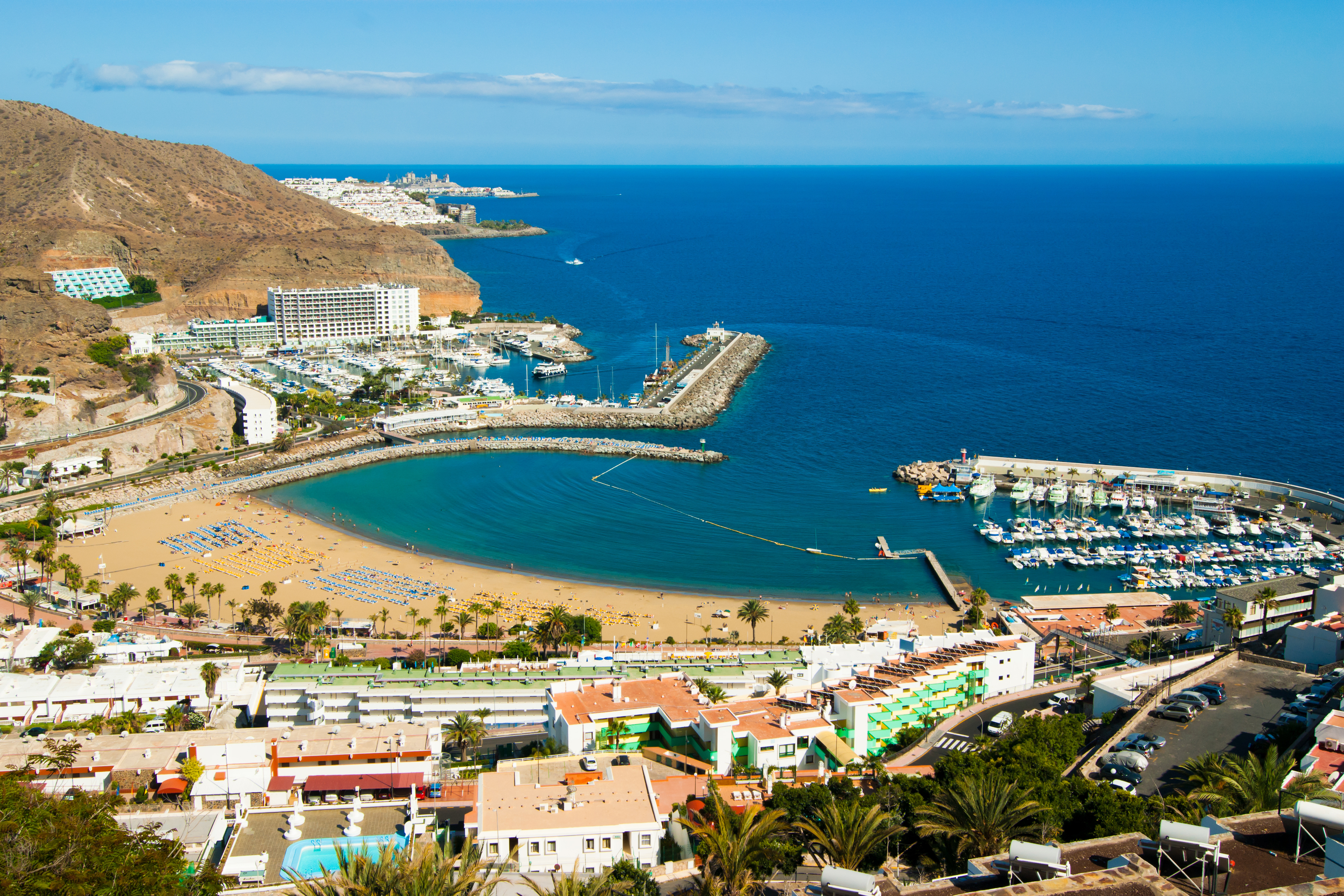 The picturesque Puerto Rico in Gran Canaria, Spain (iStock)