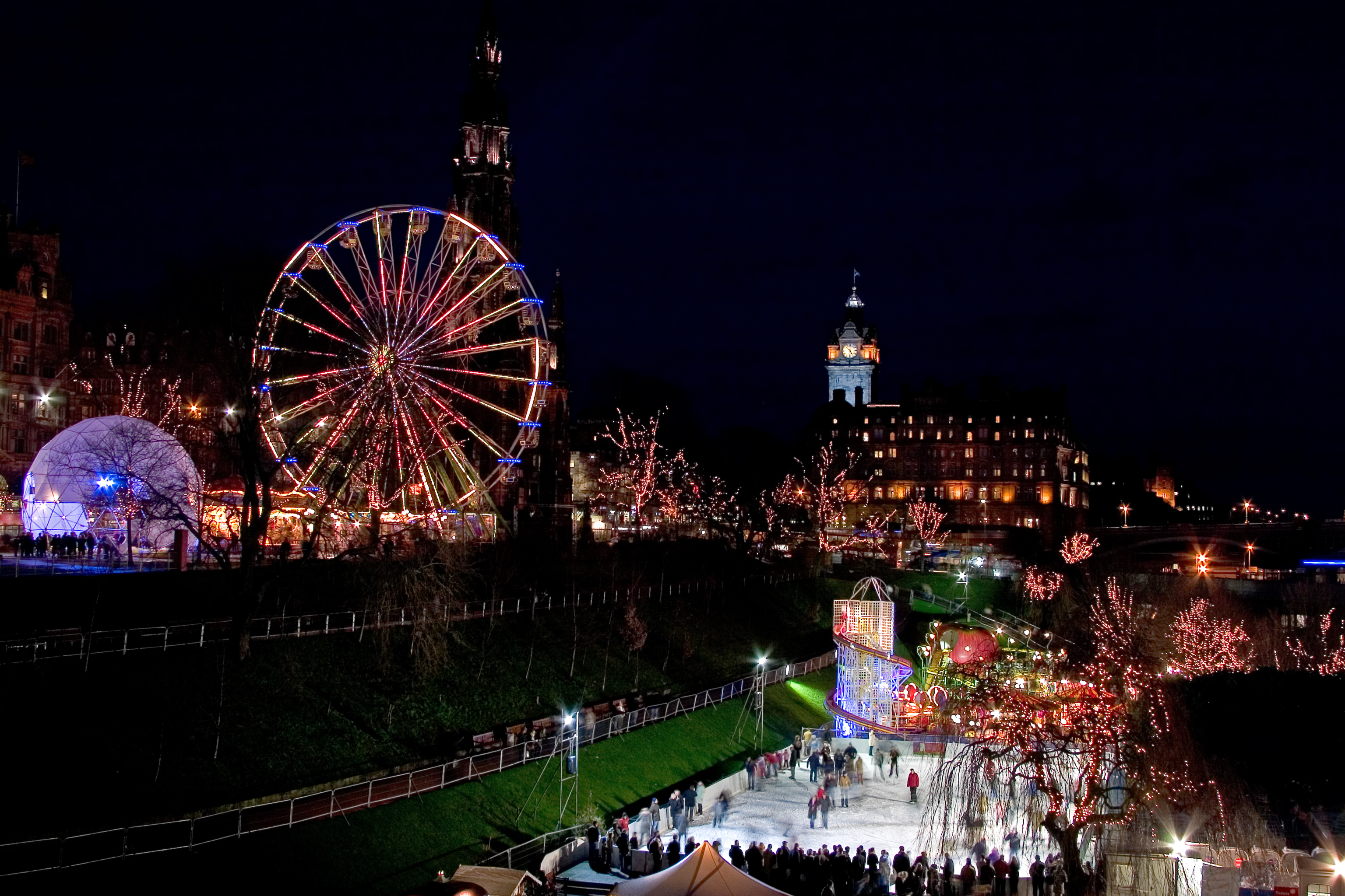 Pay a visit to Edinburgh's Christmas with the family (iStock)