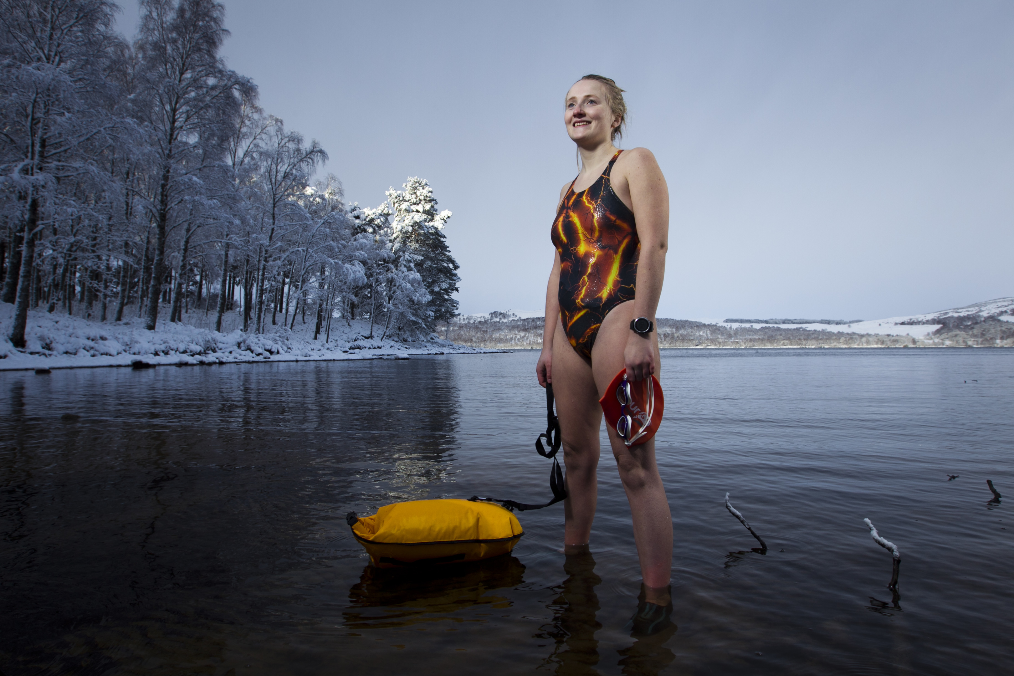 Laura Ormiston (24), who has Elhers Danlos Syndrome, swimming in Loch Rannoch (Andrew Cawley / DC Thomson)