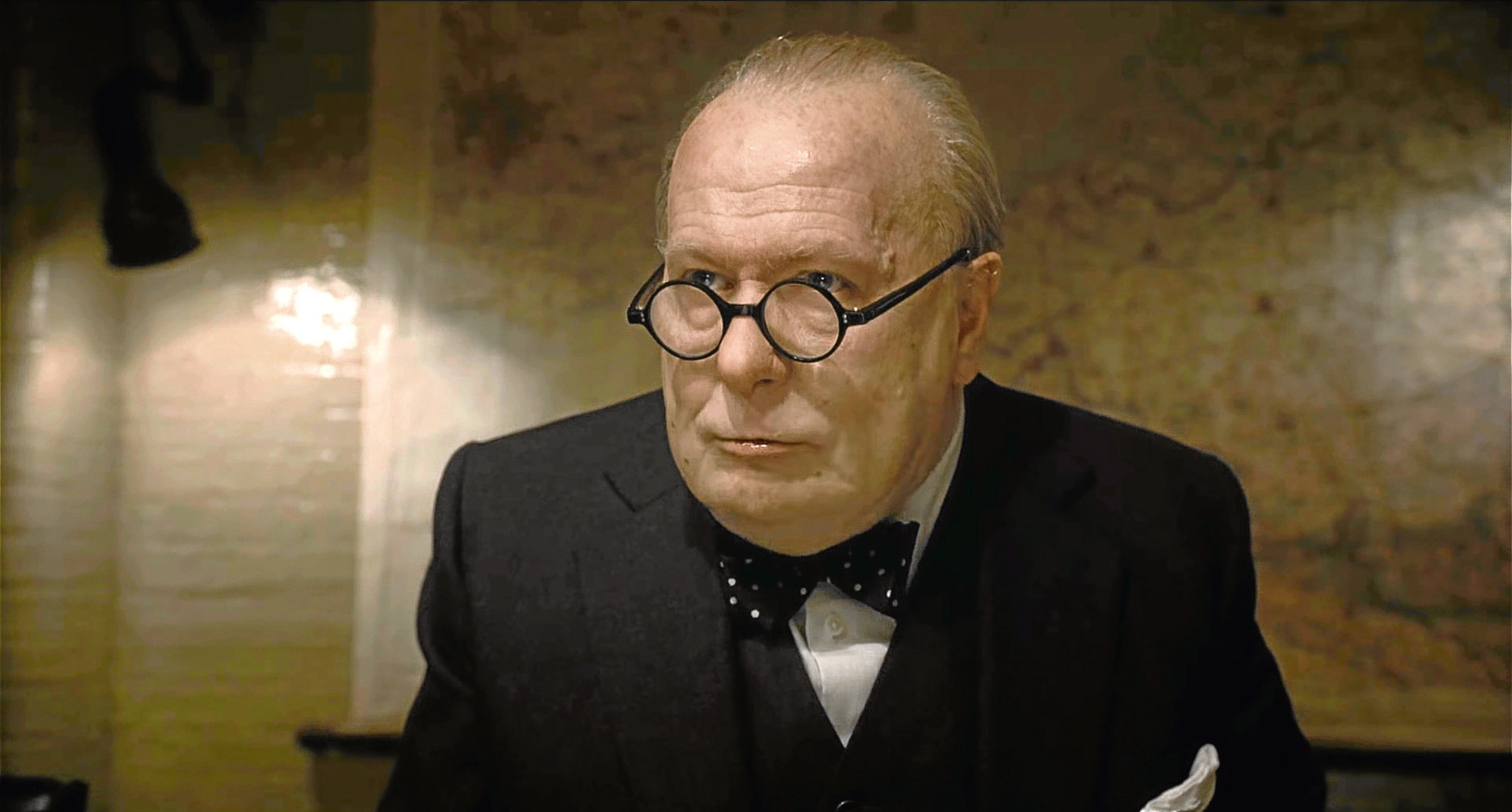 Gary Oldman in Darkest Hour (Allstar/WORKING TITLE FILMS)